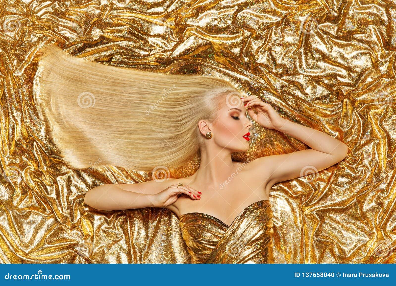 Χρυσή τρίχα, μόδα πρότυπο χρυσό ευθύ Hairstyle, ξανθό κορίτσι στα λαμπρά σπινθηρίσματα