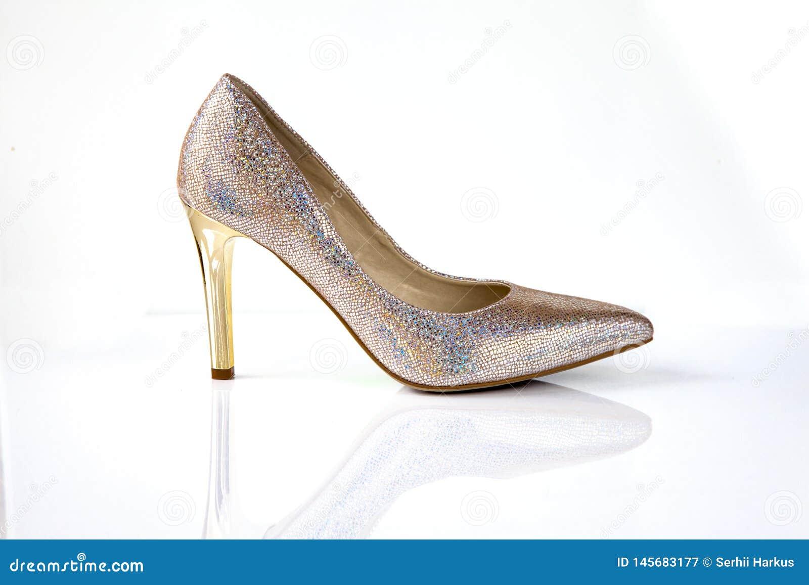 12207b753b0 Χρυσός ακτινοβολήστε υψηλά παπούτσια γυναικών τακουνιών που ...
