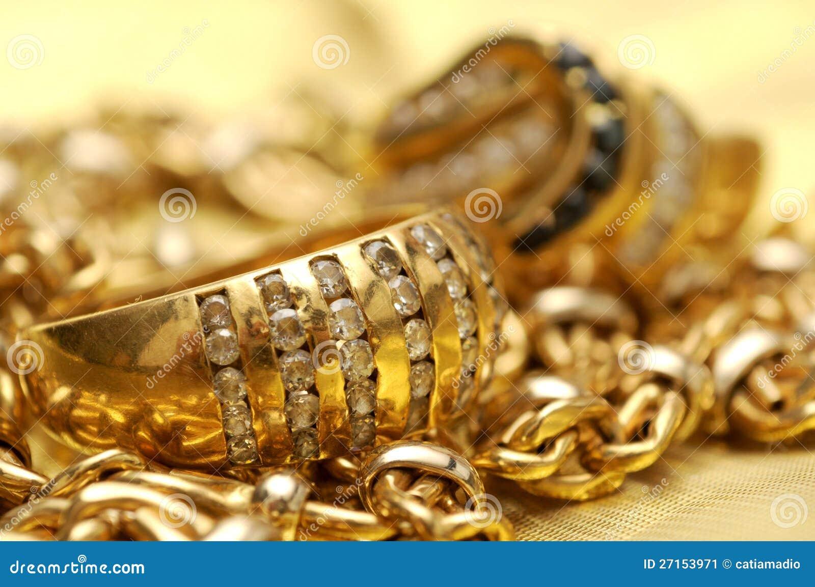 Χρυσός και πολύτιμοι λίθοι