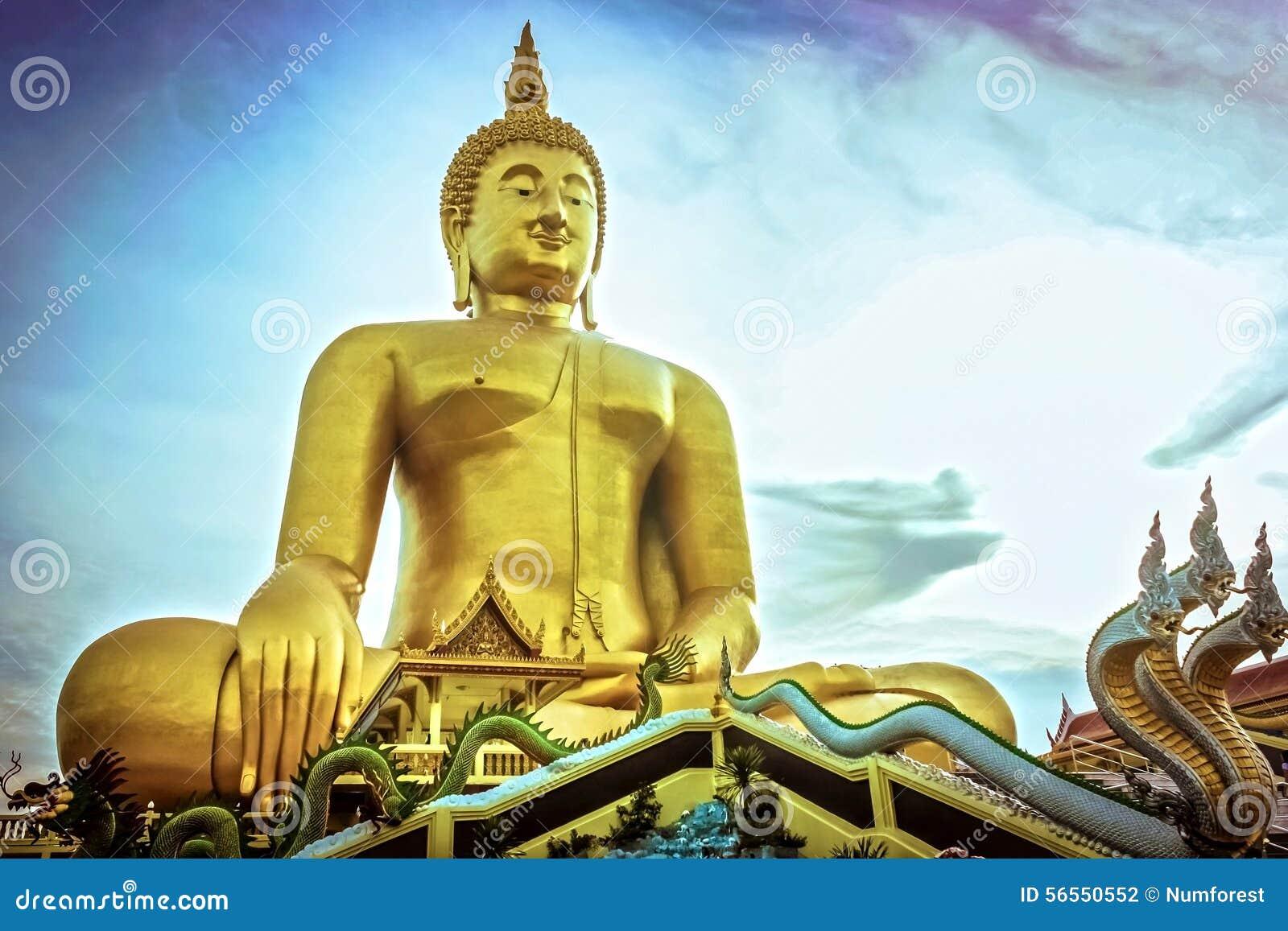 Download χρυσό άγαλμα του Βούδα στοκ εικόνες. εικόνα από ασία - 56550552