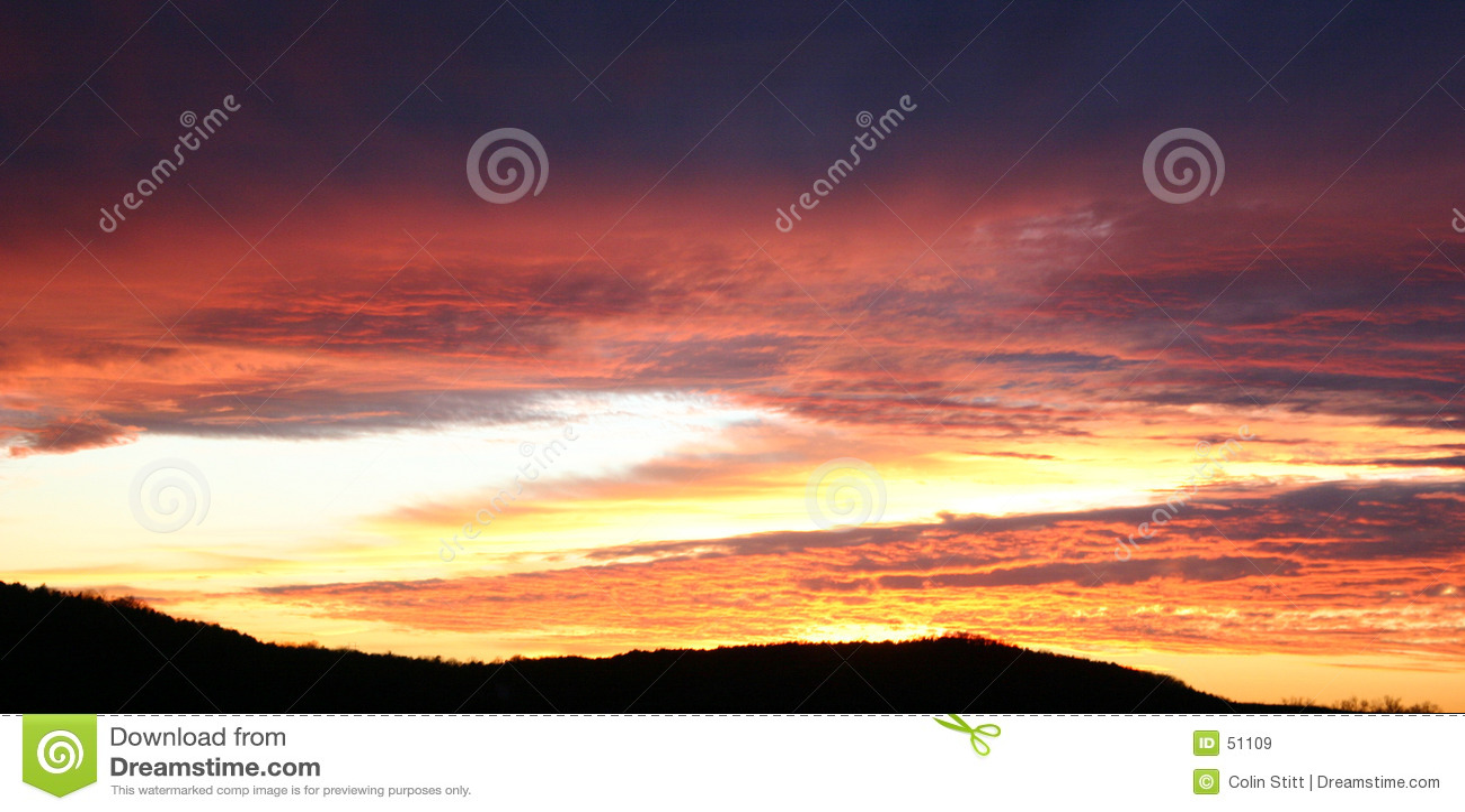 Download χρυσό ηλιοβασίλεμα στοκ εικόνα. εικόνα από φυσικός, ουρανός - 51109