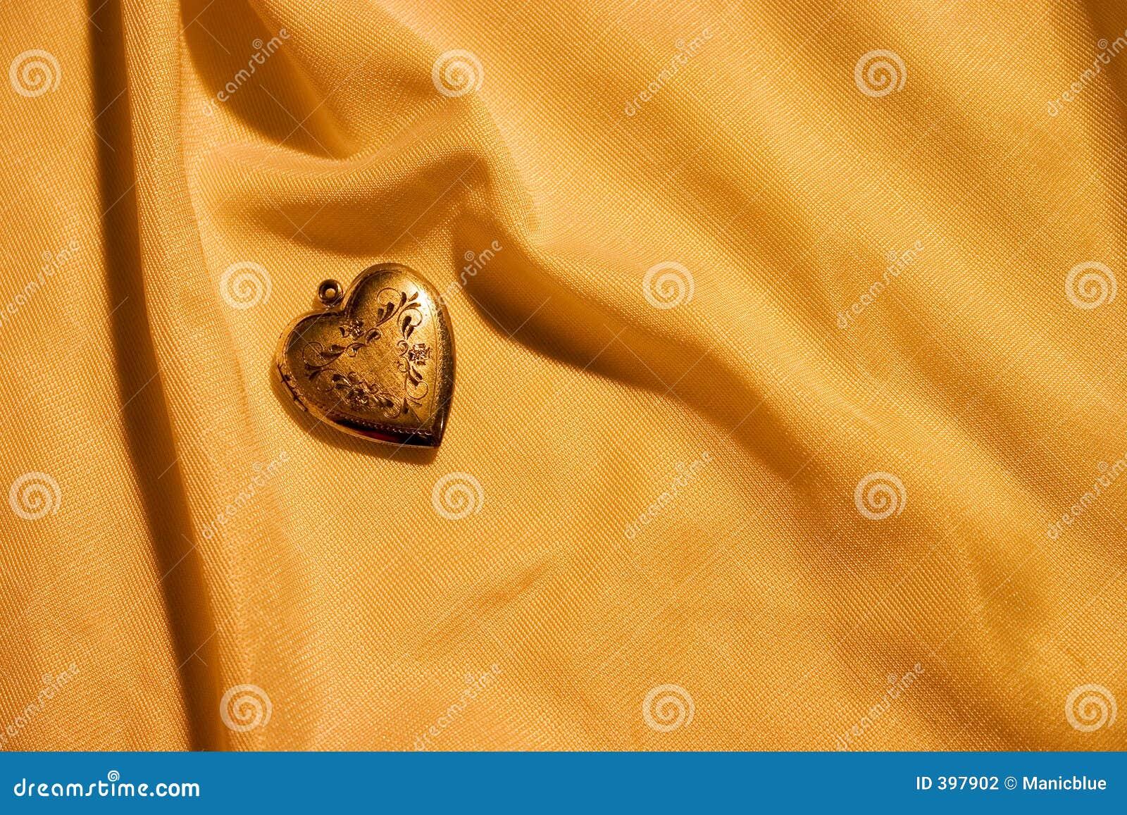 χρυσό heart1