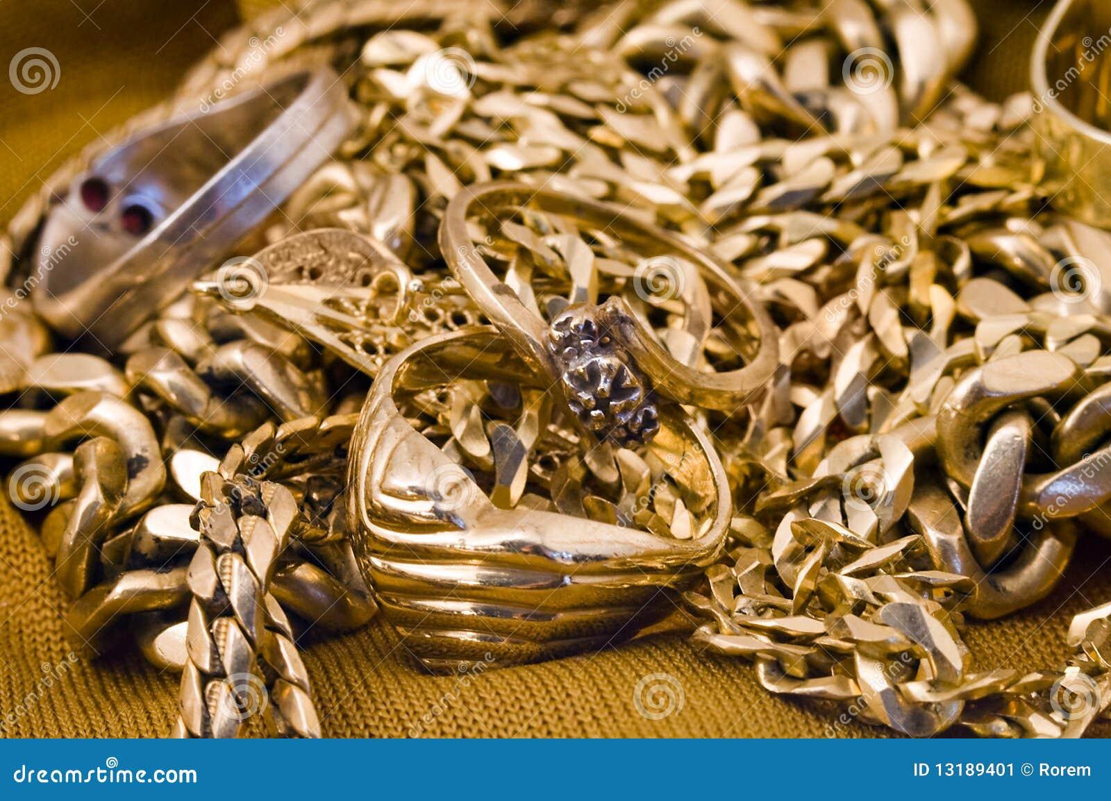 χρυσό jewelery