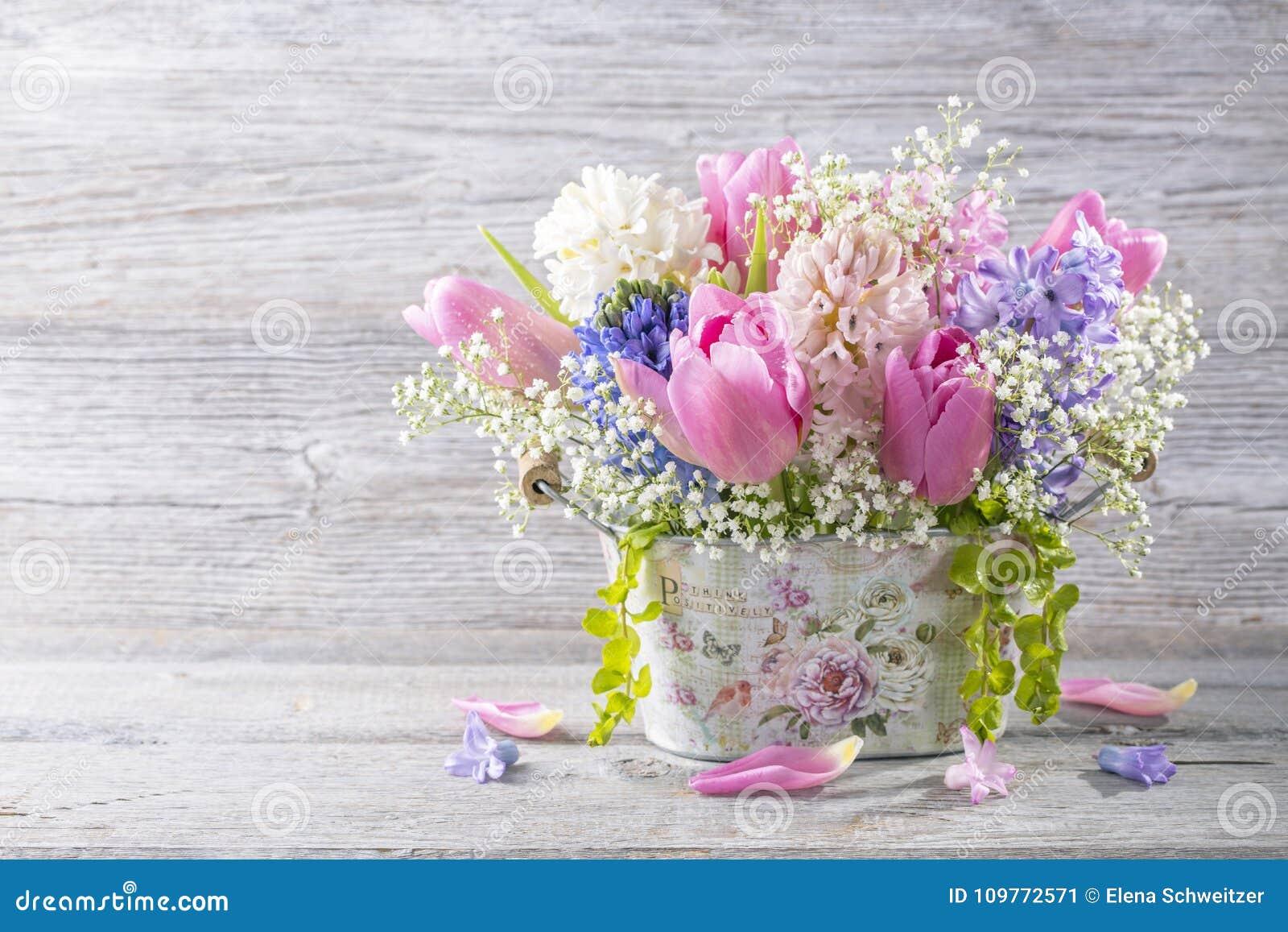 Χρωματισμένα κρητιδογραφία λουλούδια