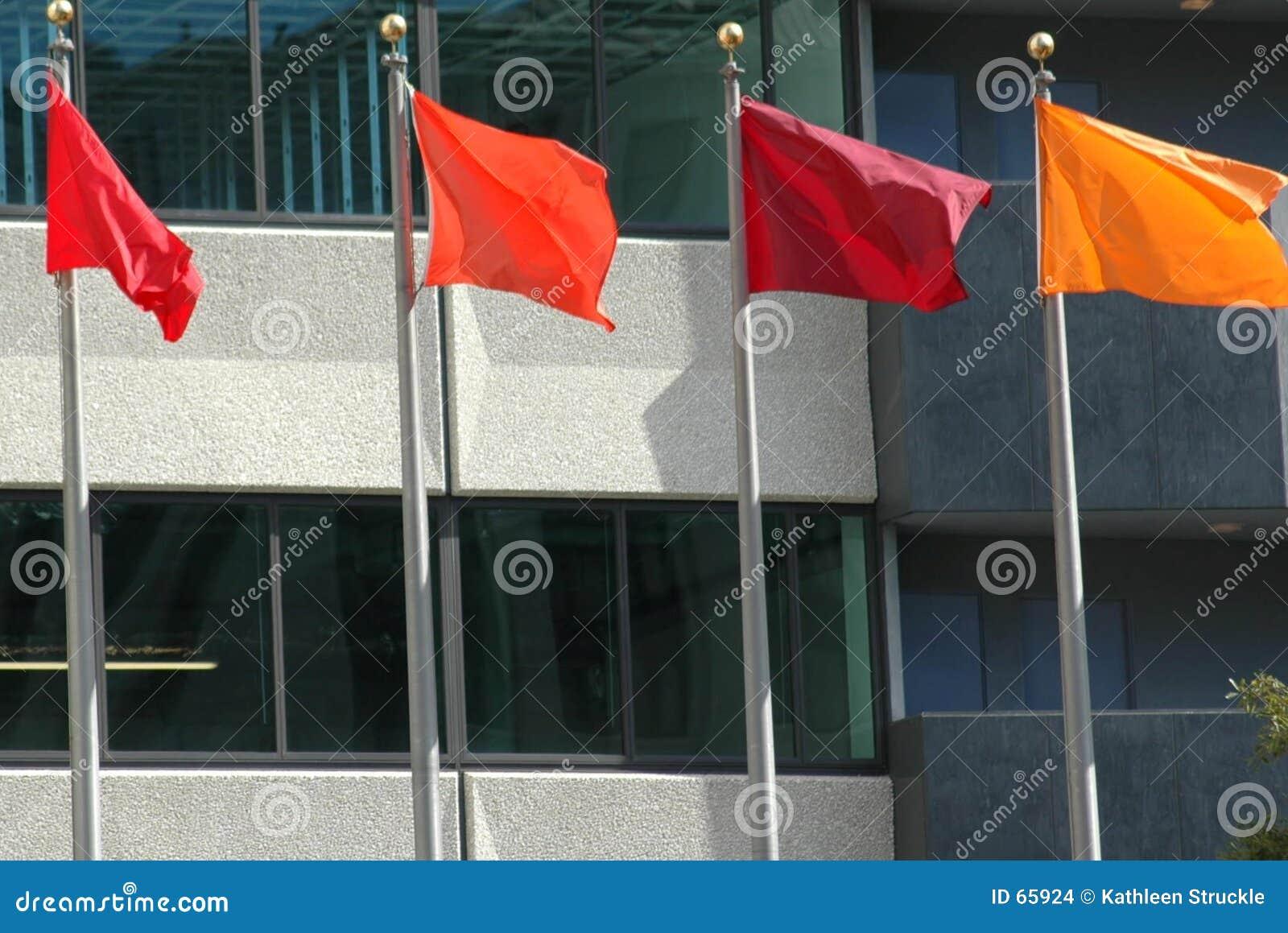 χρωματισμένες σημαίες
