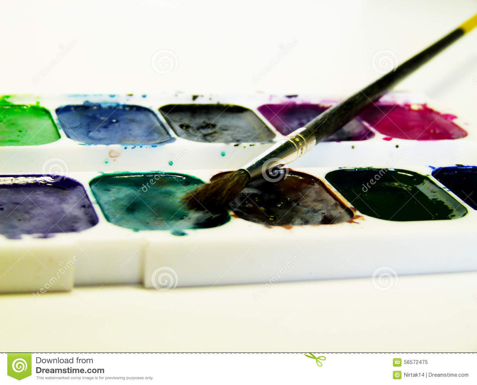 Download χρώμα βουρτσών στοκ εικόνα. εικόνα από φρεσκάδα, ελεύθερος - 56572475