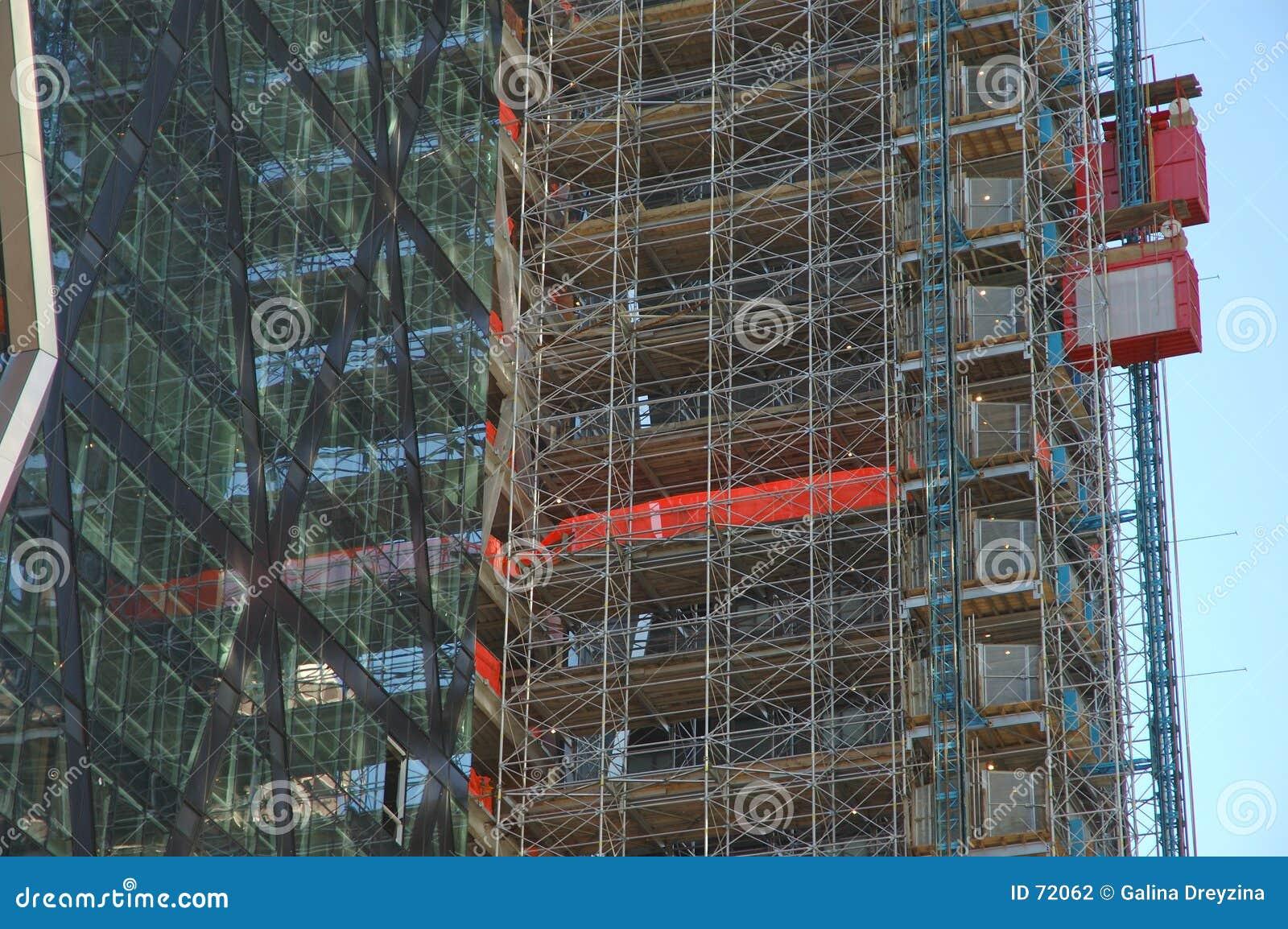 χτίζοντας ουρανοξύστης