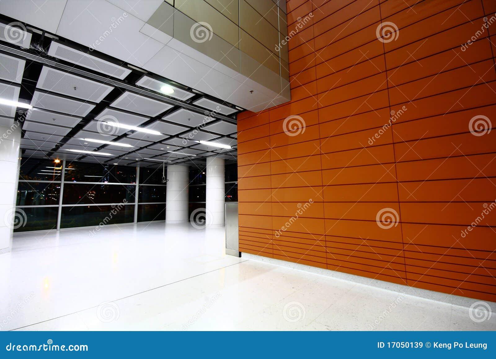 χτίζοντας την αίθουσα σύγ&