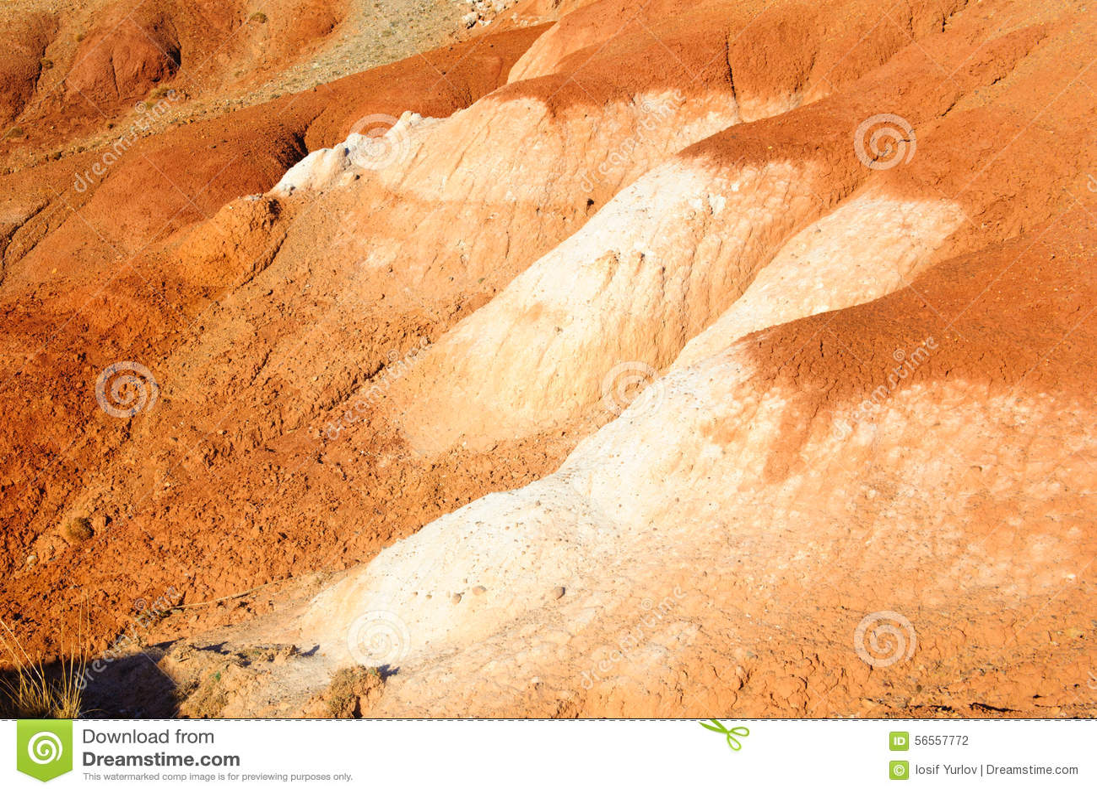 Download Χώμα χρώματος των καταθέσεων υδραργύρου σε Altai Στοκ Εικόνες - εικόνα από cinnabar, πράσινος: 56557772