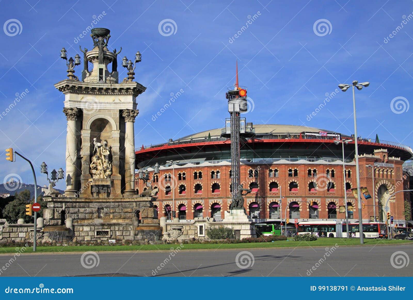 25e5ab6402ea Χώρος αρενών ταυρομαχίας στην πλατεία της Ισπανίας στη Βαρκελώνη ...