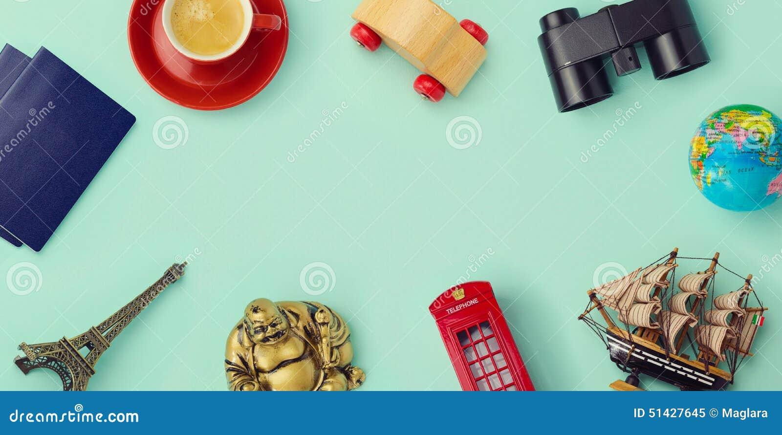 Χλεύη έννοιας ταξιδιού επάνω στο σχέδιο Σχέδιο εικόνας ηρώων επιγραφών ιστοχώρου