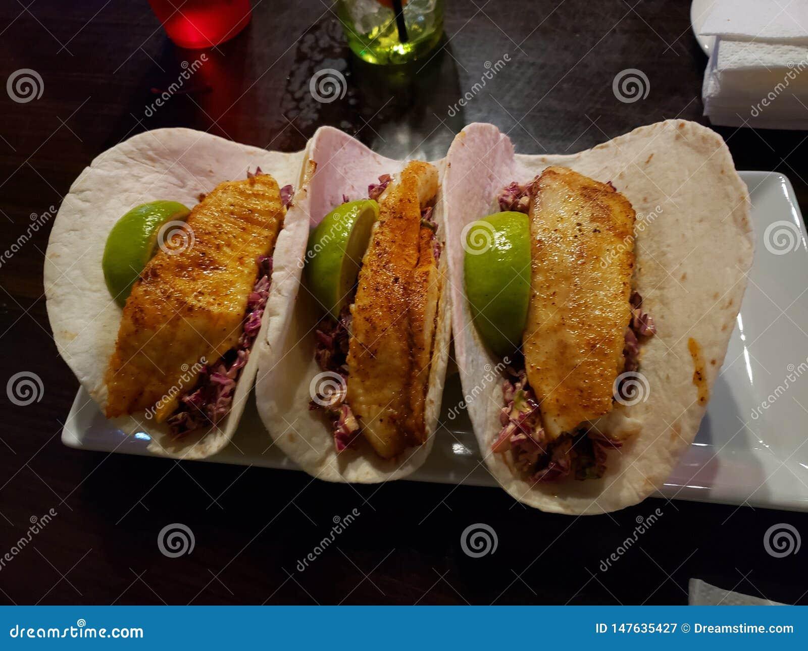 Ψάρια Tacos