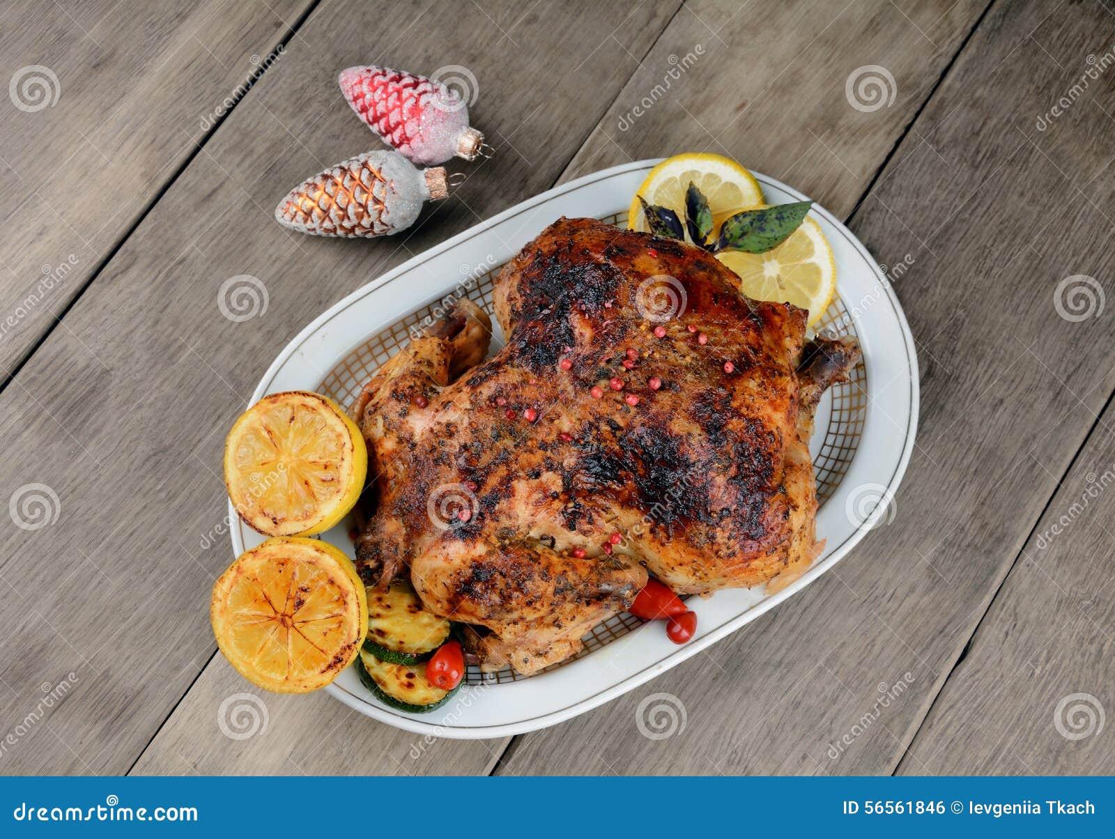 Download Ψημένο νόστιμο καυτό κοτόπουλο Στοκ Εικόνες - εικόνα από προετοιμασμένος, τριζάτος: 56561846