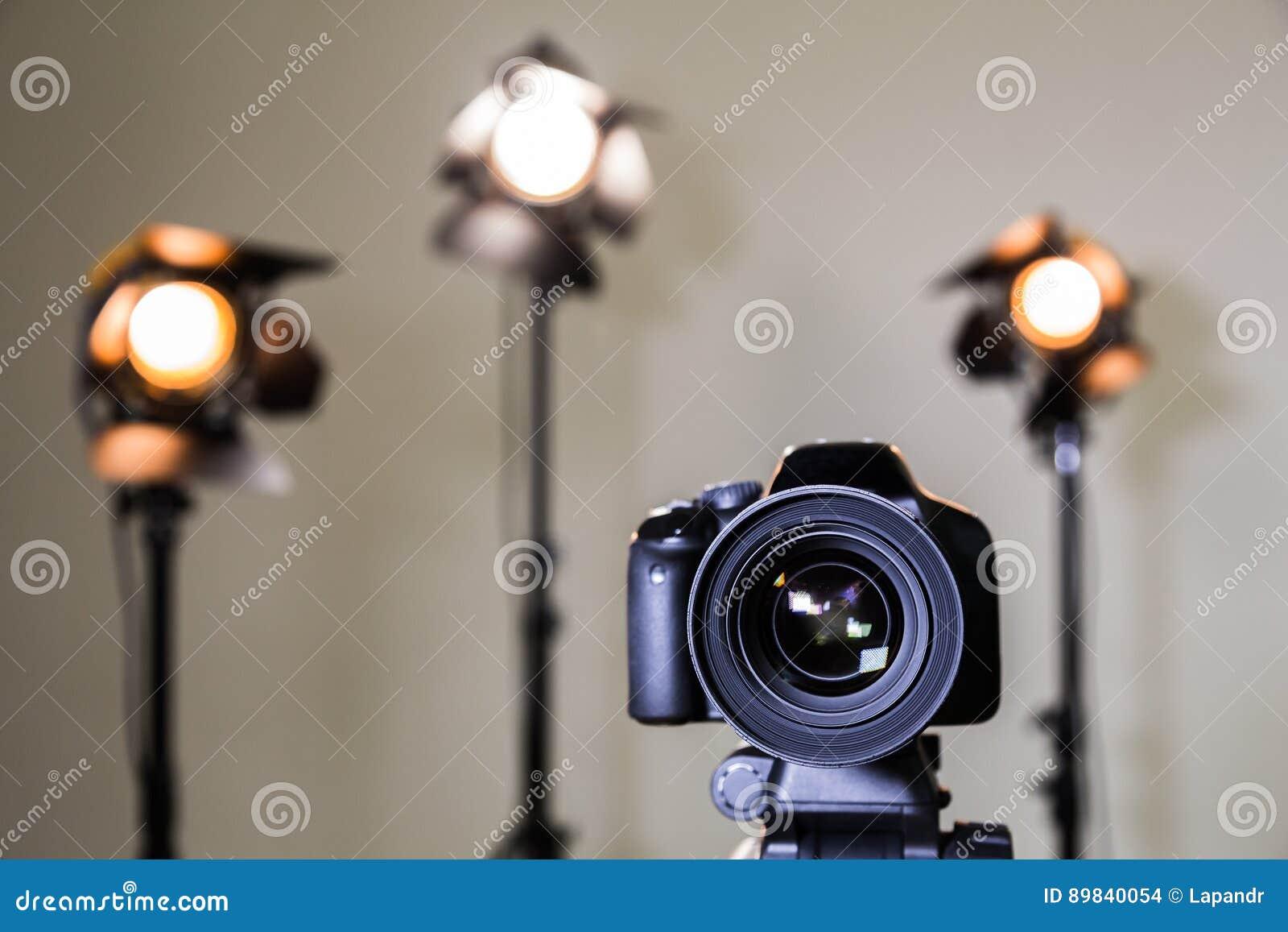 Ψηφιακή κάμερα SLR και τρία επίκεντρα με τους φακούς Fresnel Χειρωνακτικός ανταλλάξιμος φακός για τη μαγνητοσκόπηση