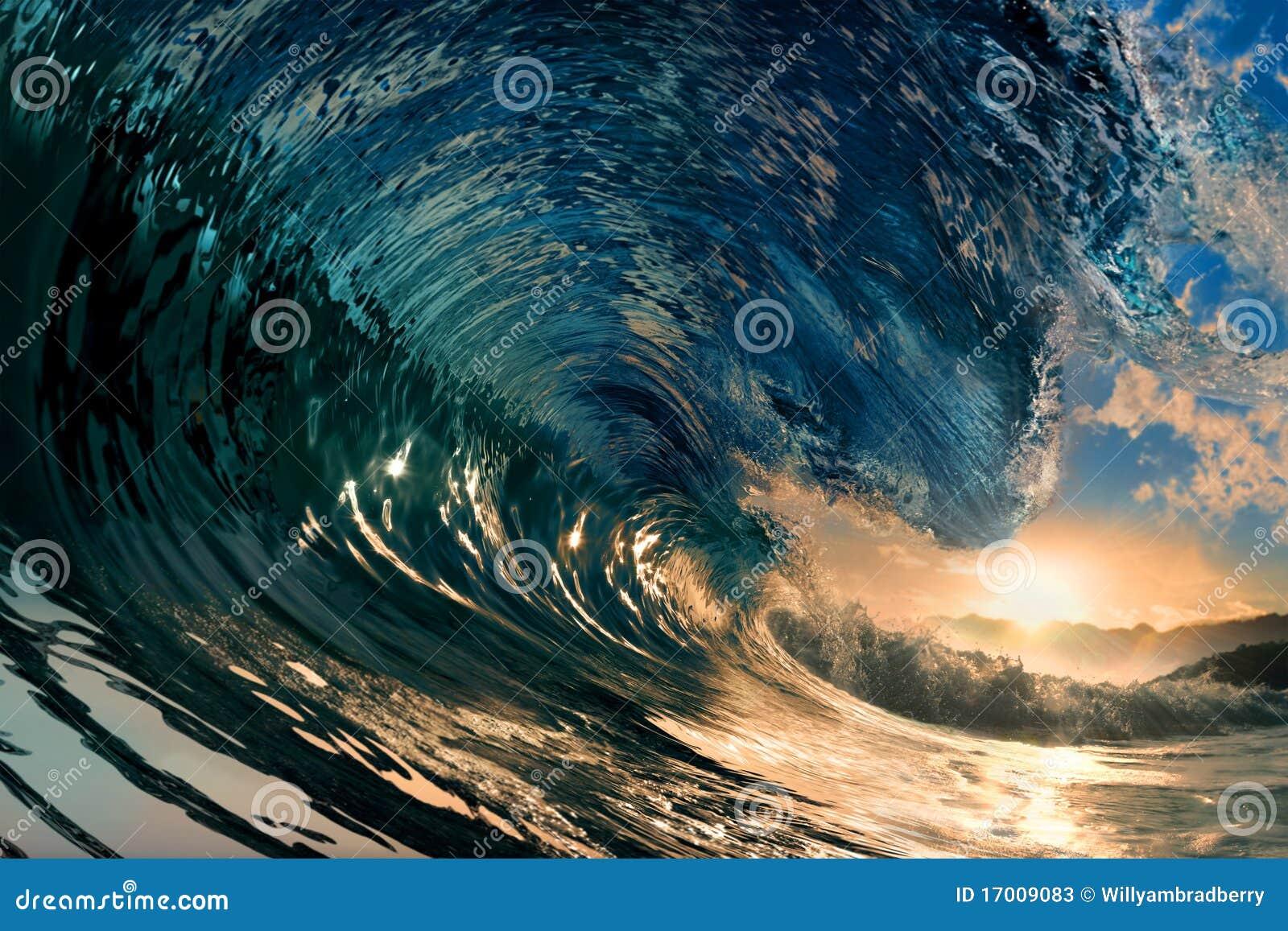 ωκεάνιο κύμα ηλιοβασιλέμ