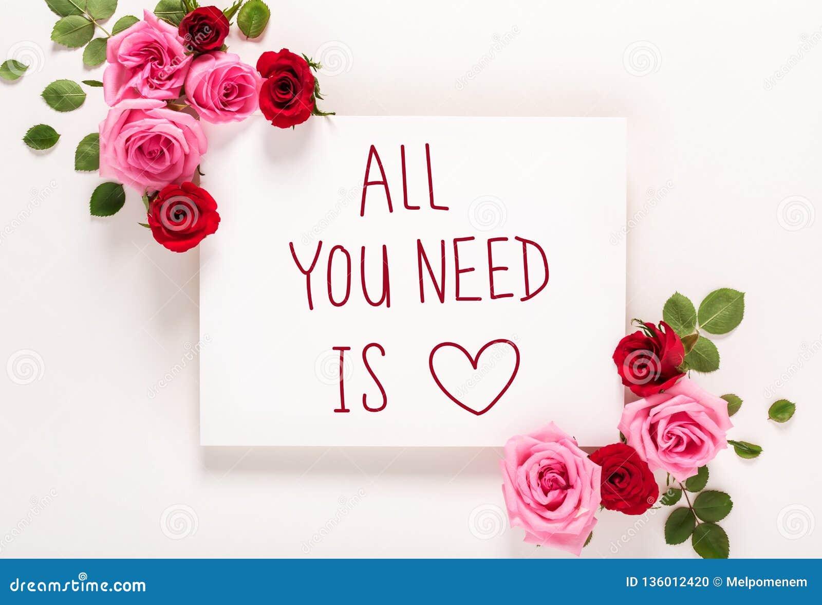 Όλο που χρειάζεστε είναι μήνυμα αγάπης με τα τριαντάφυλλα και τα φύλλα