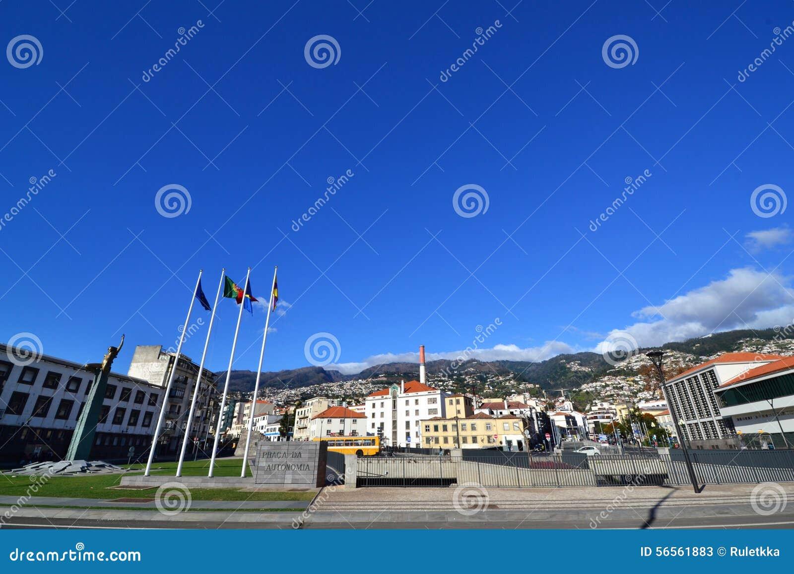 Download Όμορφη άποψη της πόλης του Φουνκάλ, Πορτογαλία Εκδοτική Στοκ Εικόνες - εικόνα από επιβολή, ευρώπη: 56561883