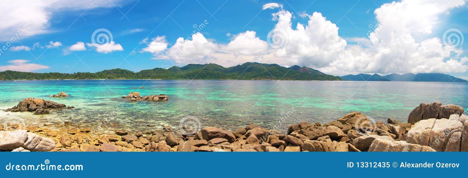 όμορφη θάλασσα τροπική