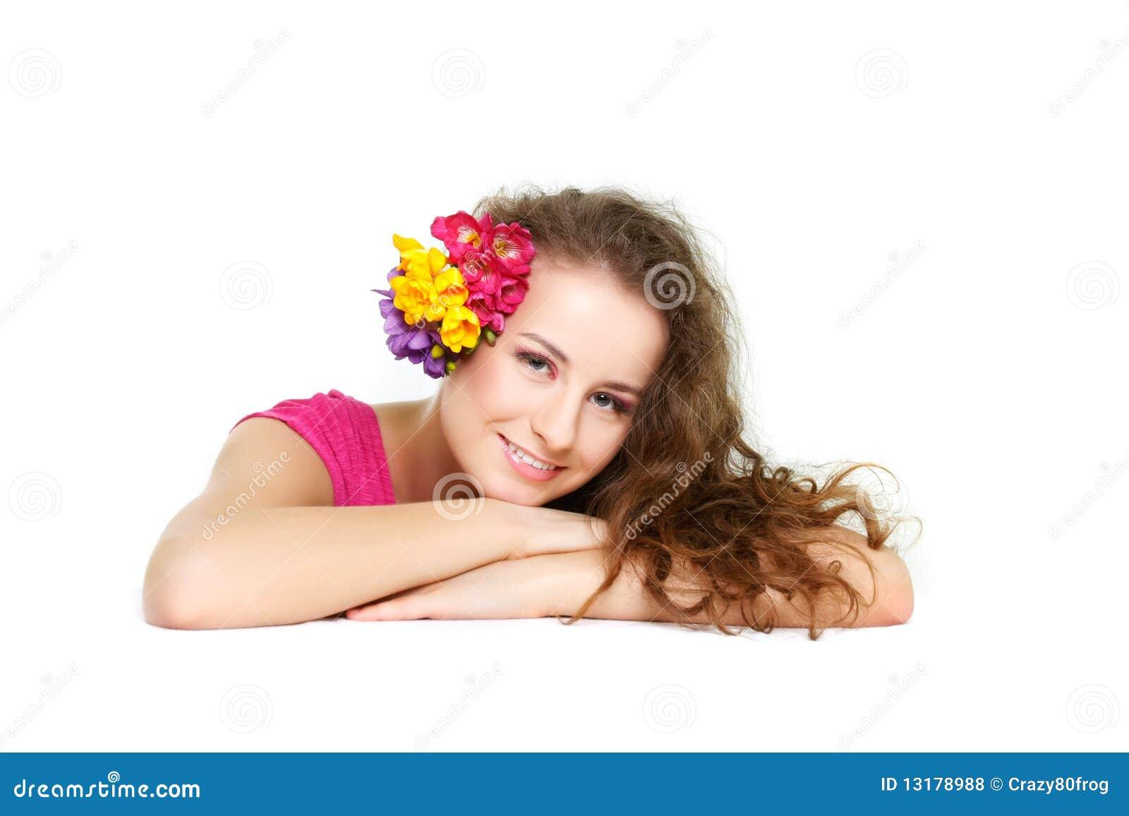 όμορφη καλυμμένη γυναίκα