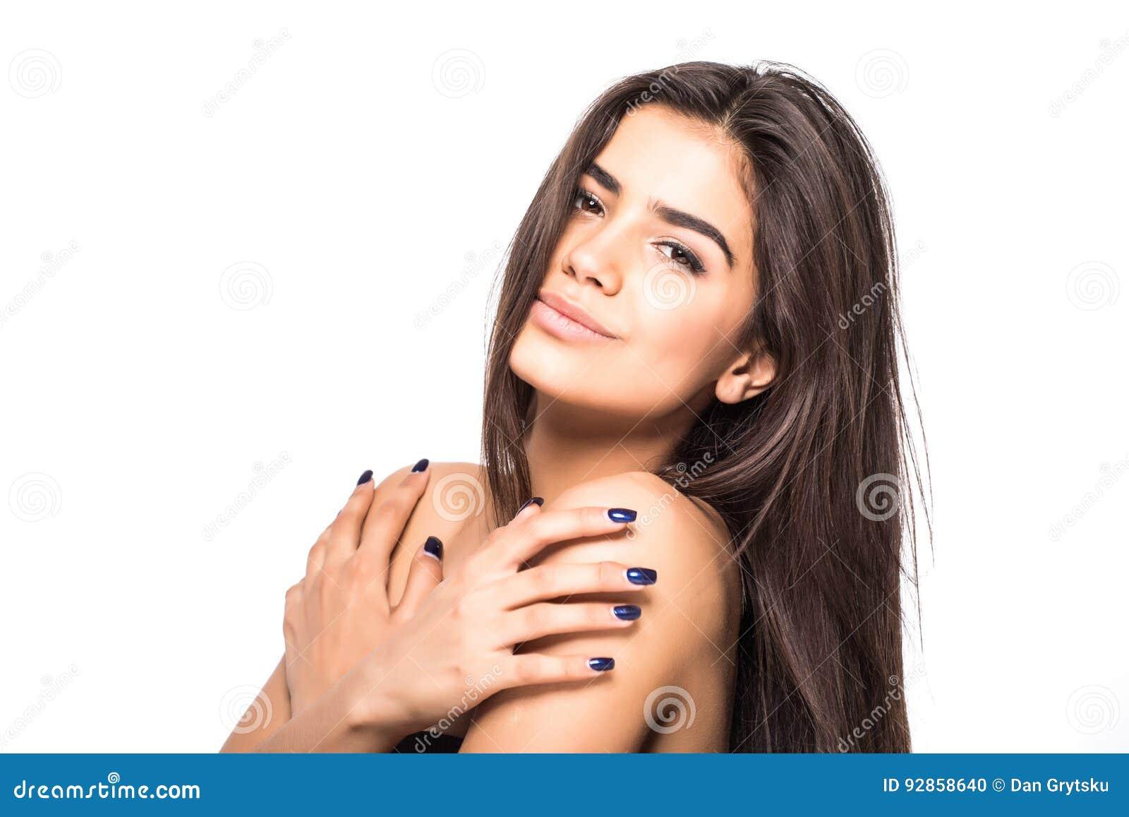 Όμορφη νέα γυναίκα με το καθαρό φρέσκο πρόσωπο αφής δερμάτων Του προσώπου επεξεργασία Cosmetology, ομορφιά και SPA