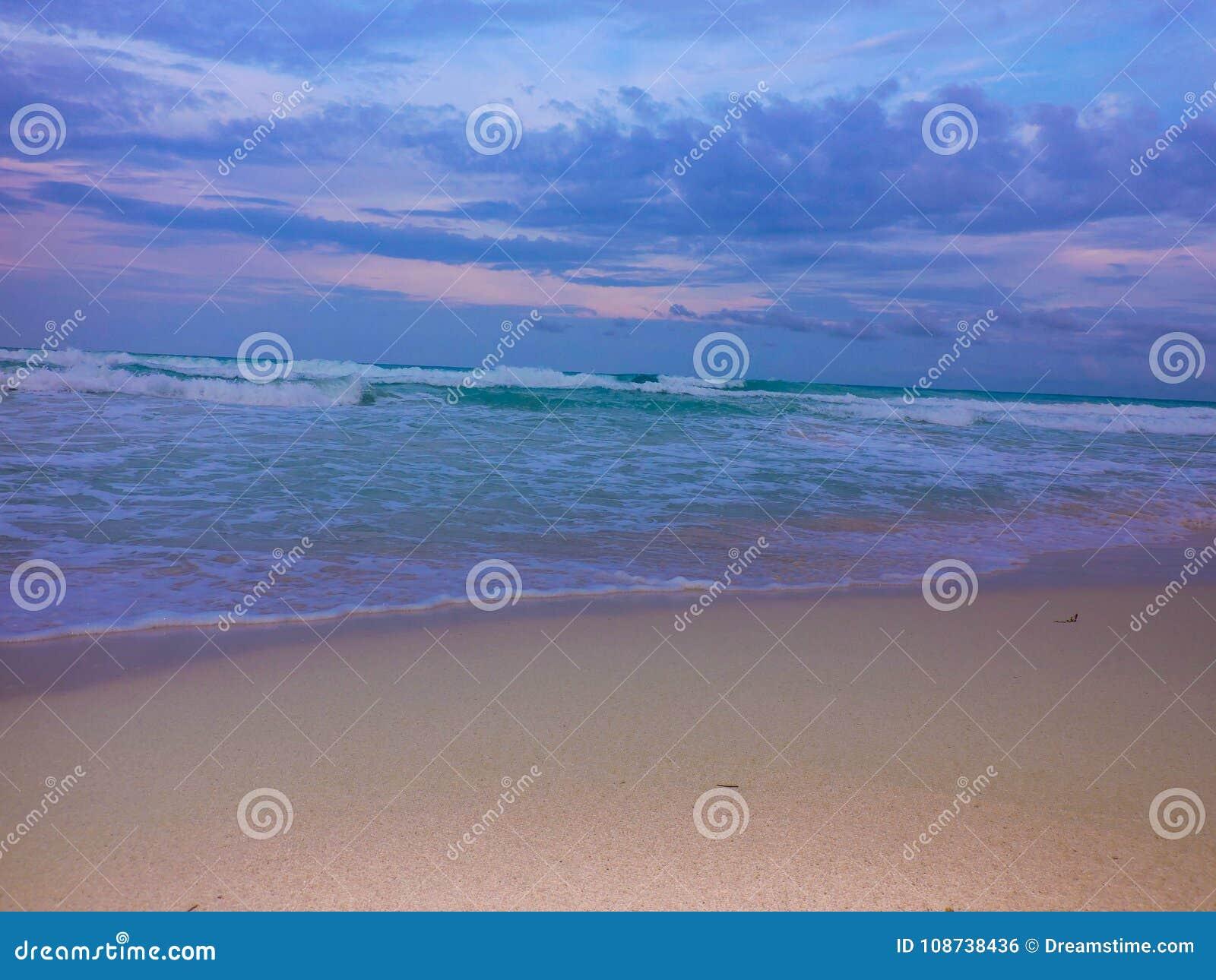 Όμορφη παραλία στο Playa del Carmen το καλοκαίρι