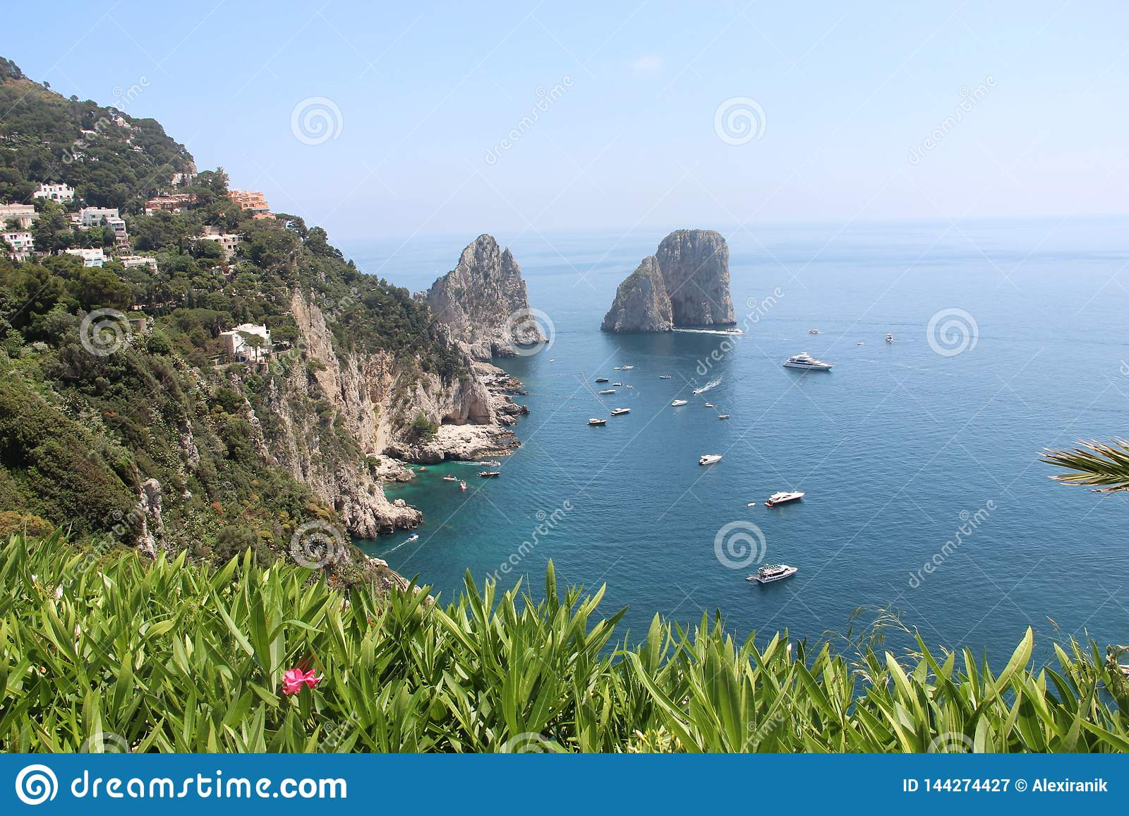 Όμορφη φύση Ιταλία άνοιξη νησιών Capri τοπίων