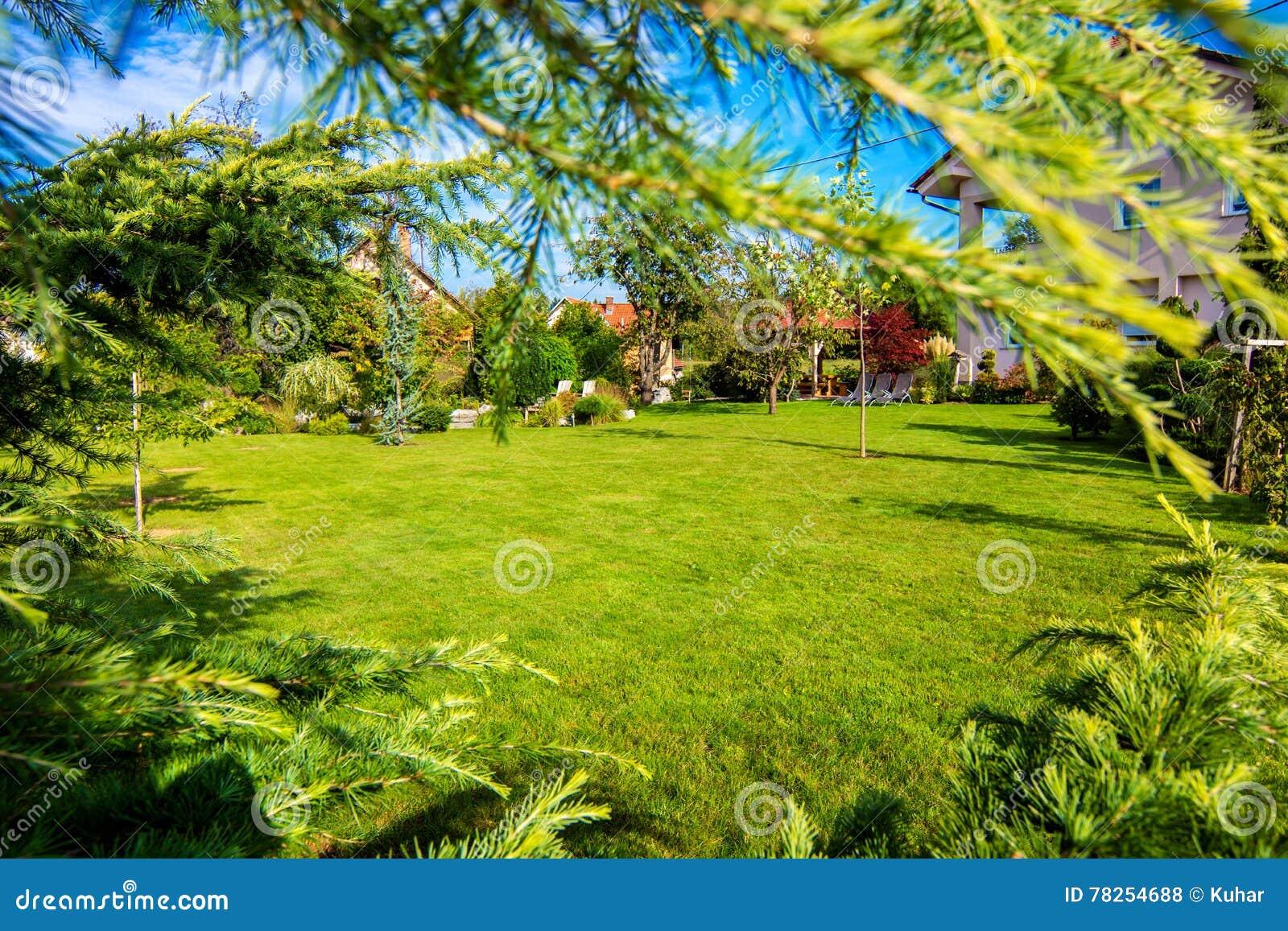 όμορφος κήπος