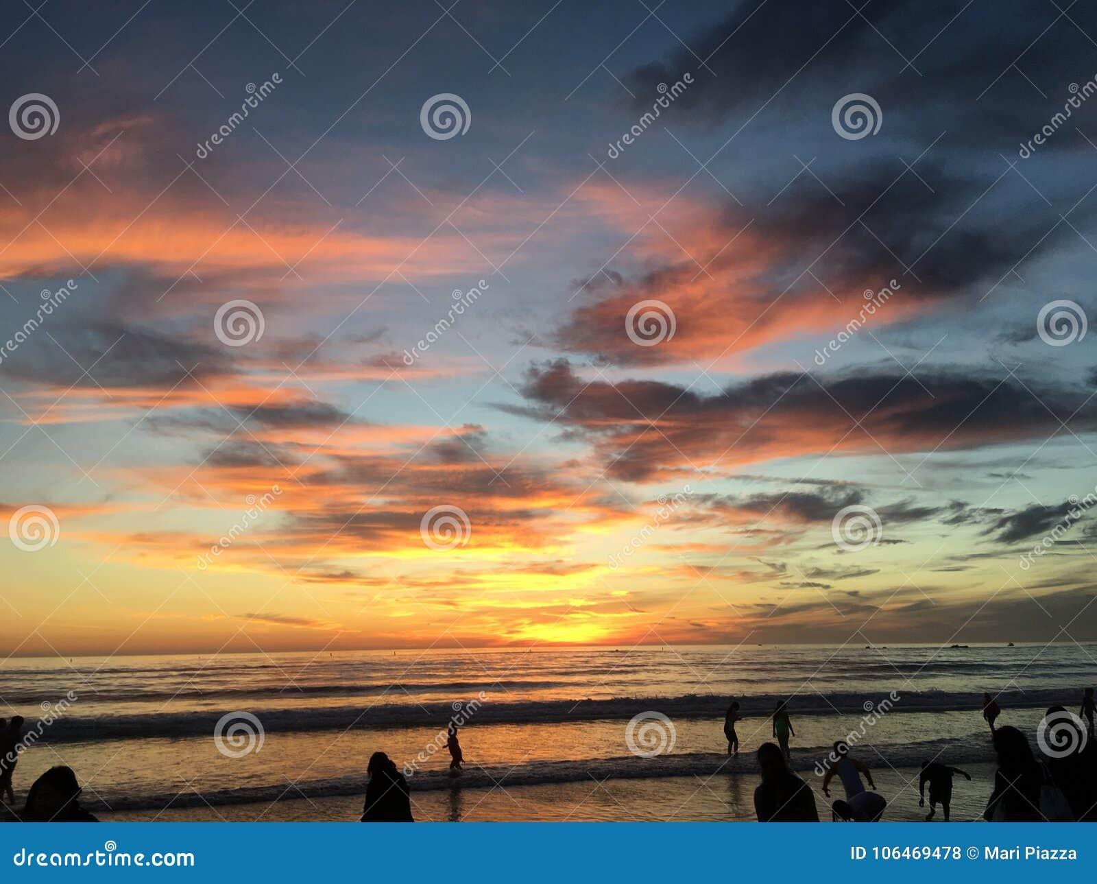 Όμορφο ηλιοβασίλεμα πέρα από το Λος Άντζελες