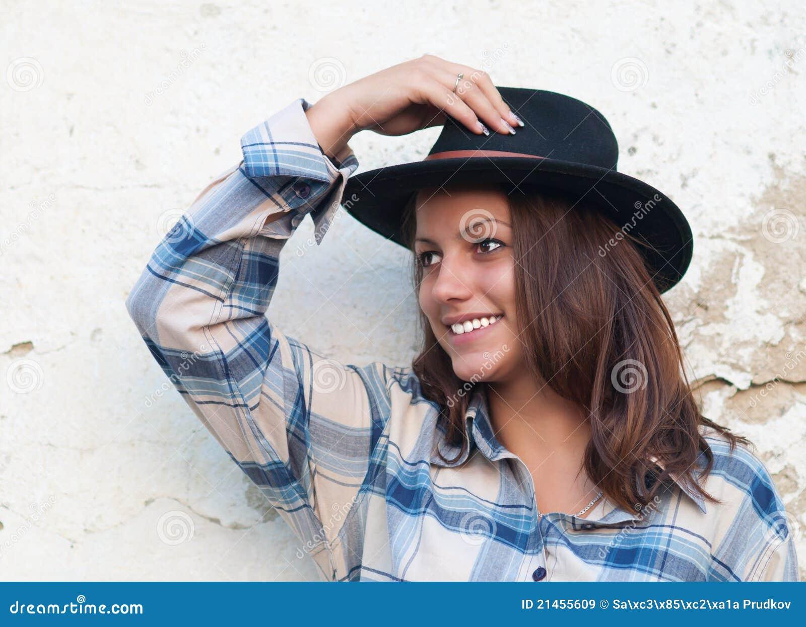 όμορφο καπέλο cowgirl τα χαμόγε&lamb