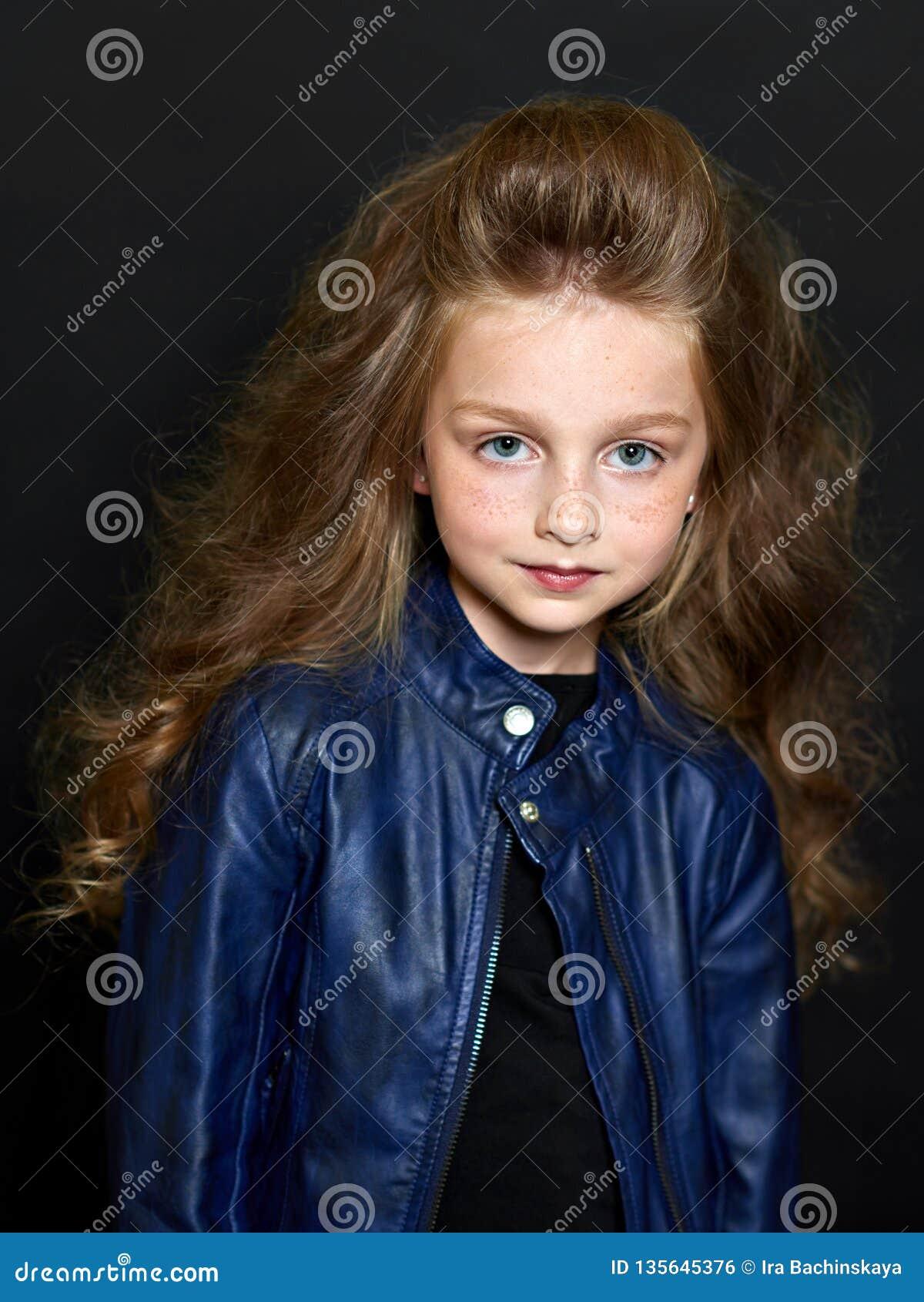 όμορφο πορτρέτο παιδιών