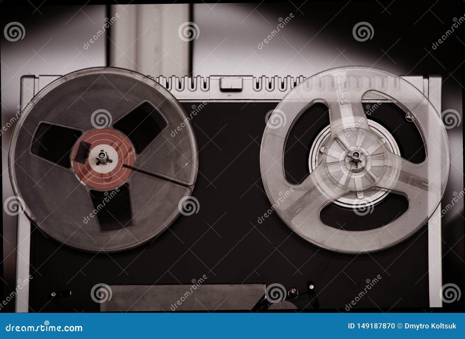 Όργανο καταγραφής ταινιών εξελίκτρων, παλαιό, εκλεκτής ποιότητας, φορητό εξέλικτρο για να τυλίξει το ταινία-όργανο καταγραφής σωλ