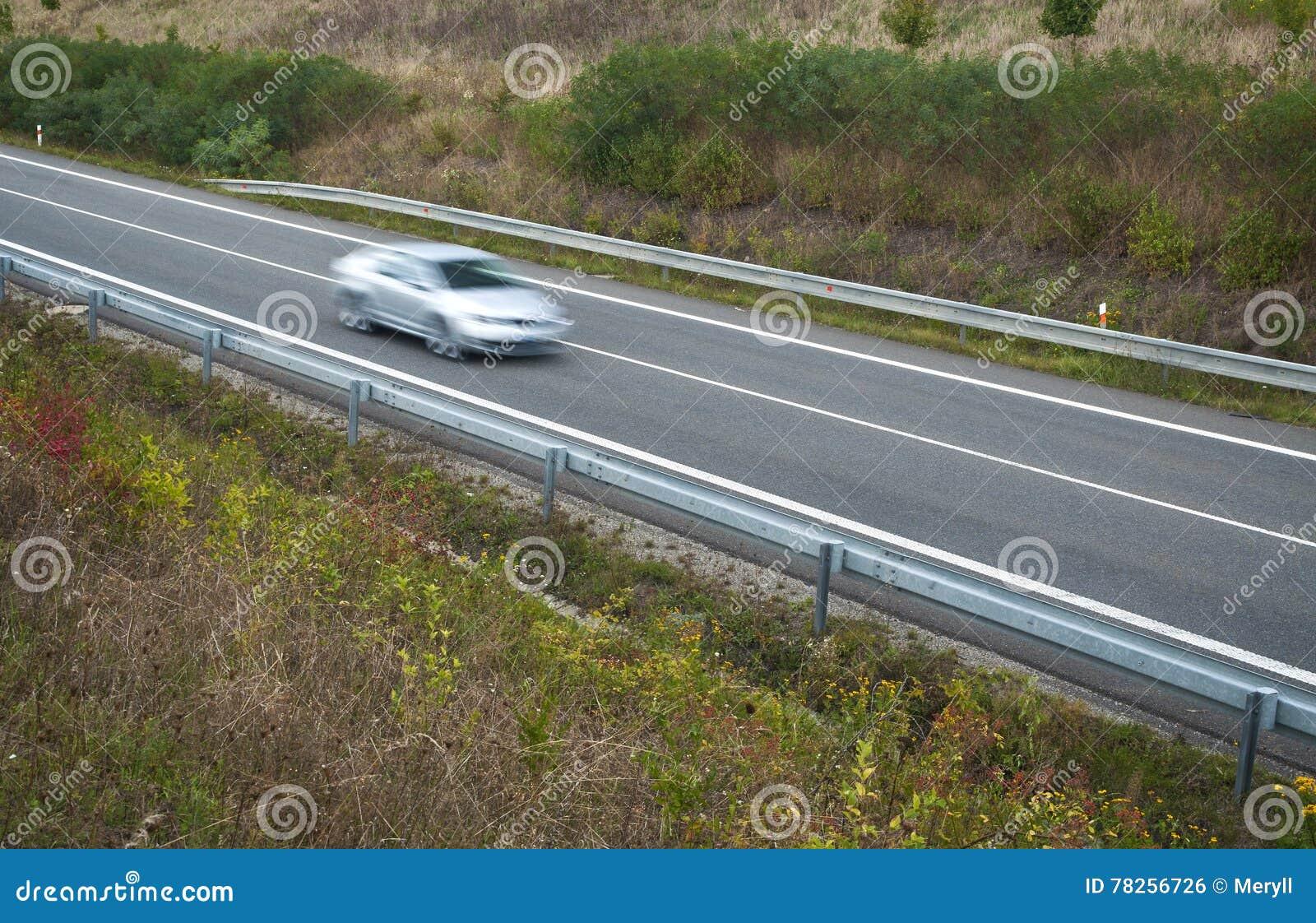 Όχημα στην κίνηση