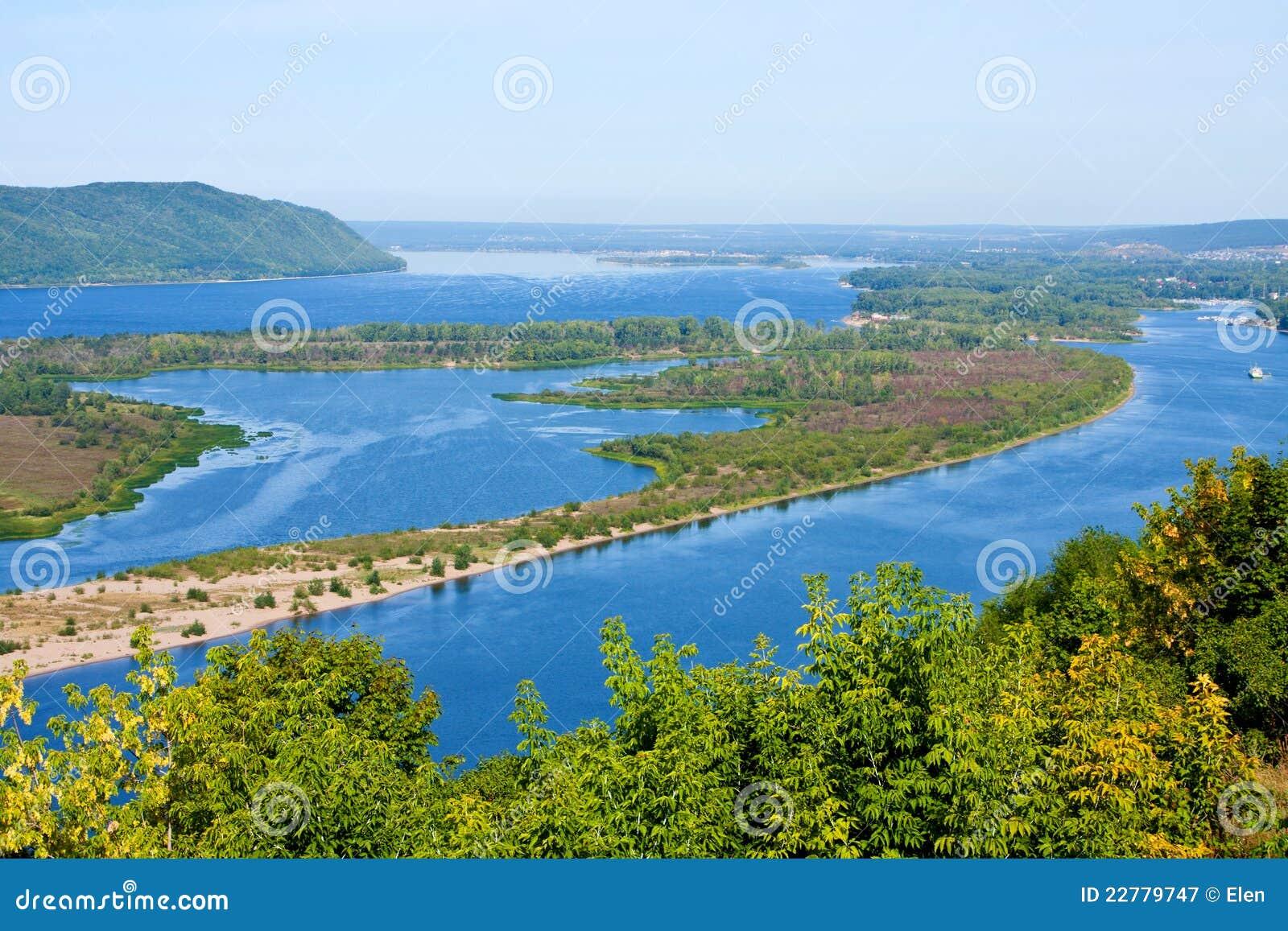 Όψη σχετικά με τον ποταμό Βόλγας, πόλη της Samara