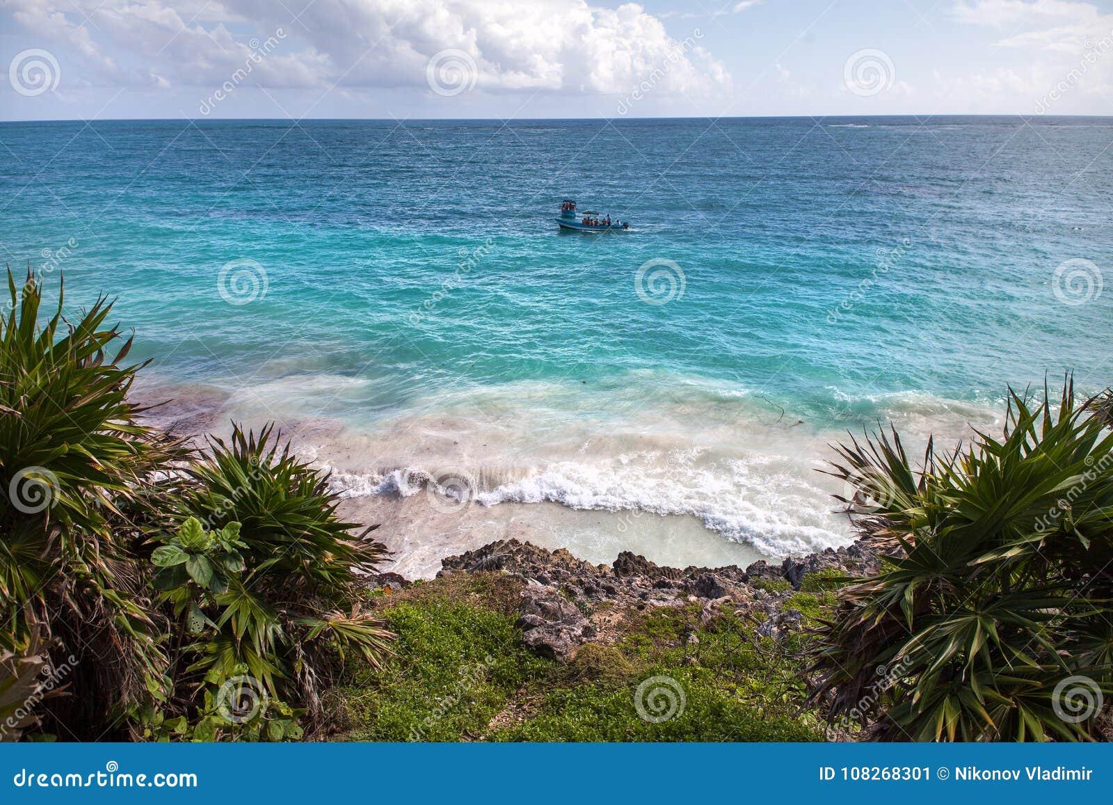 Όψη σχετικά με τον ωκεανό Tulum, Μεξικό