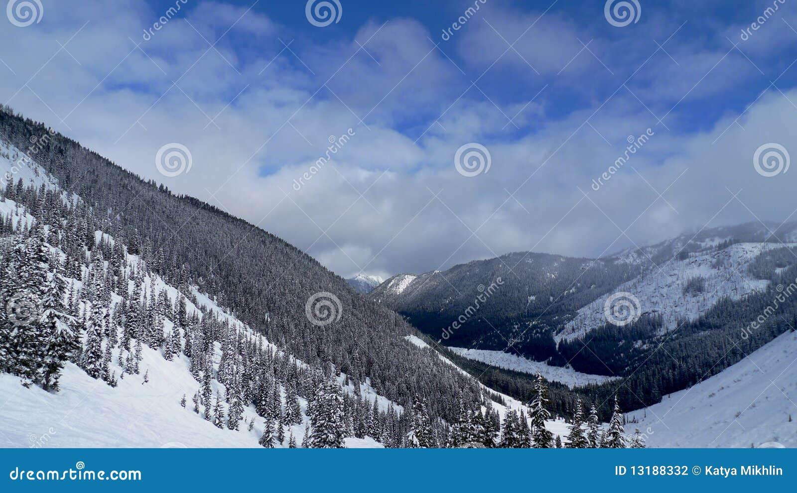 όψη χιονιού βουνών