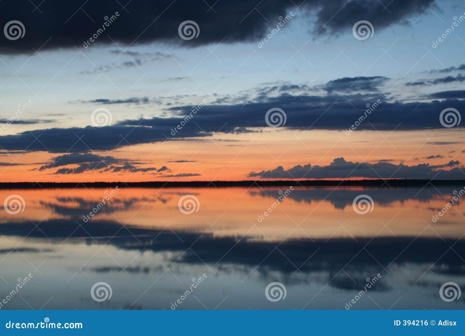 ύδωρ ηλιοβασιλέματος