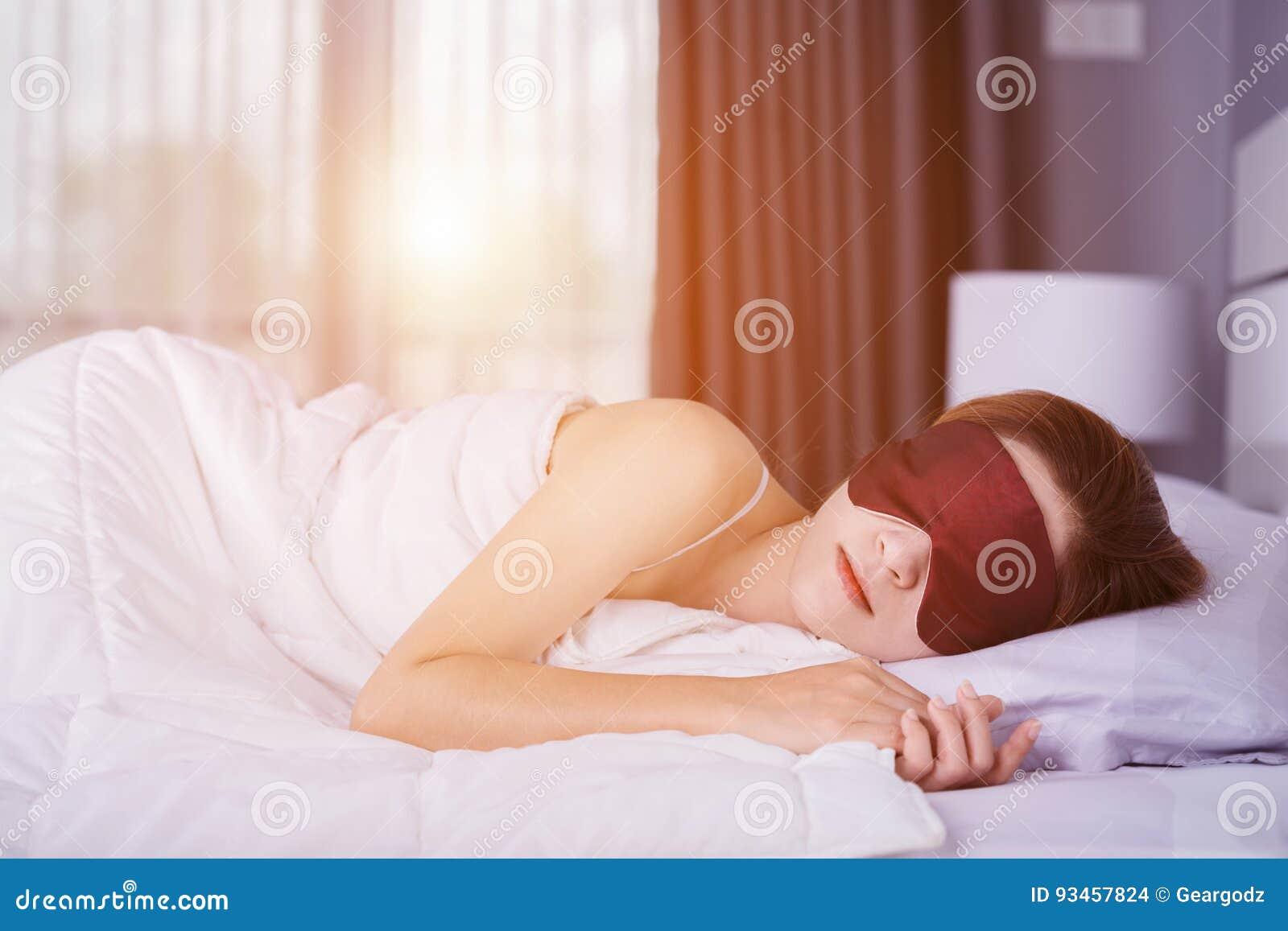 στο κρεβάτι