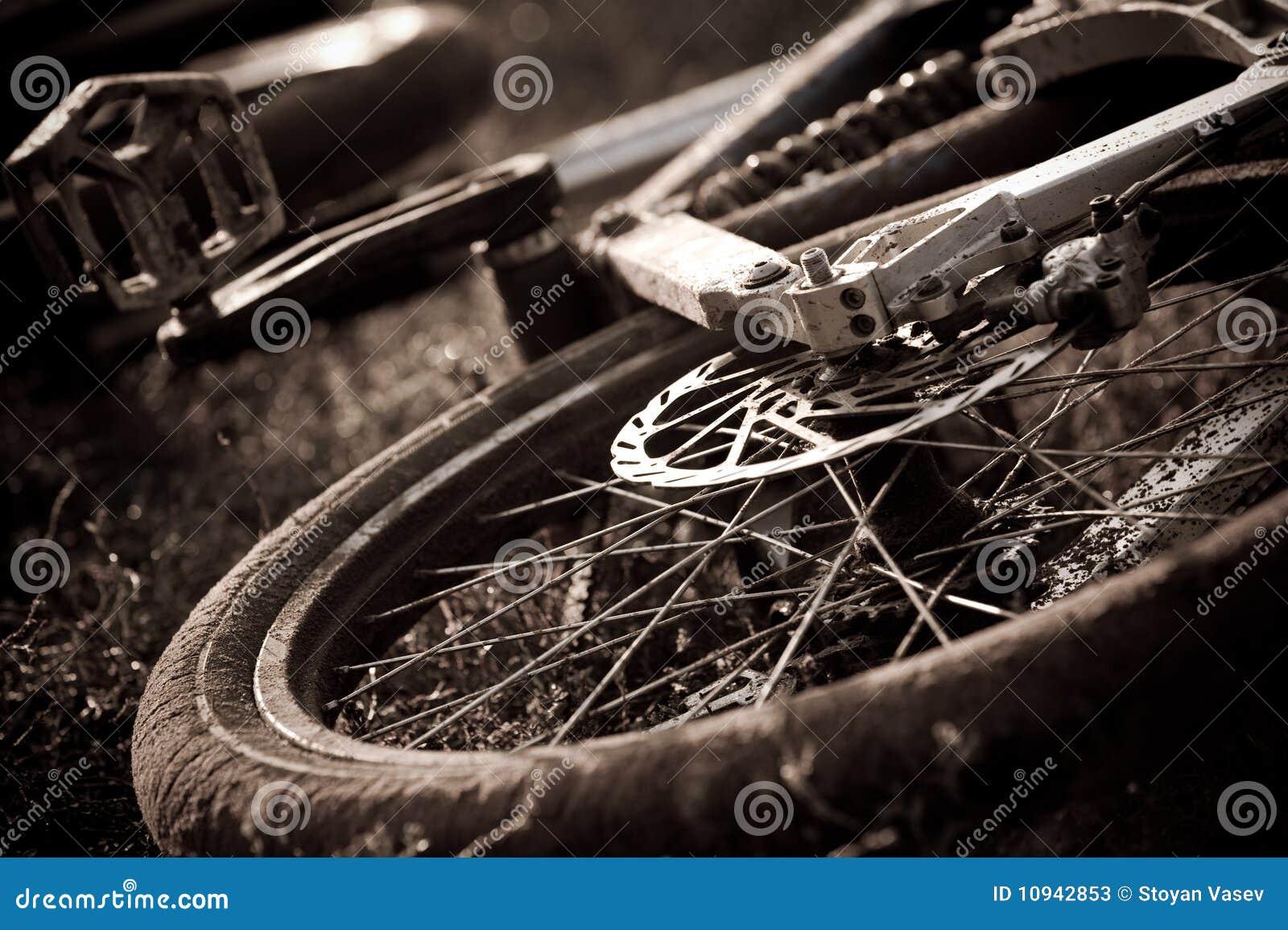 абстрактная белизна горы черноты bike