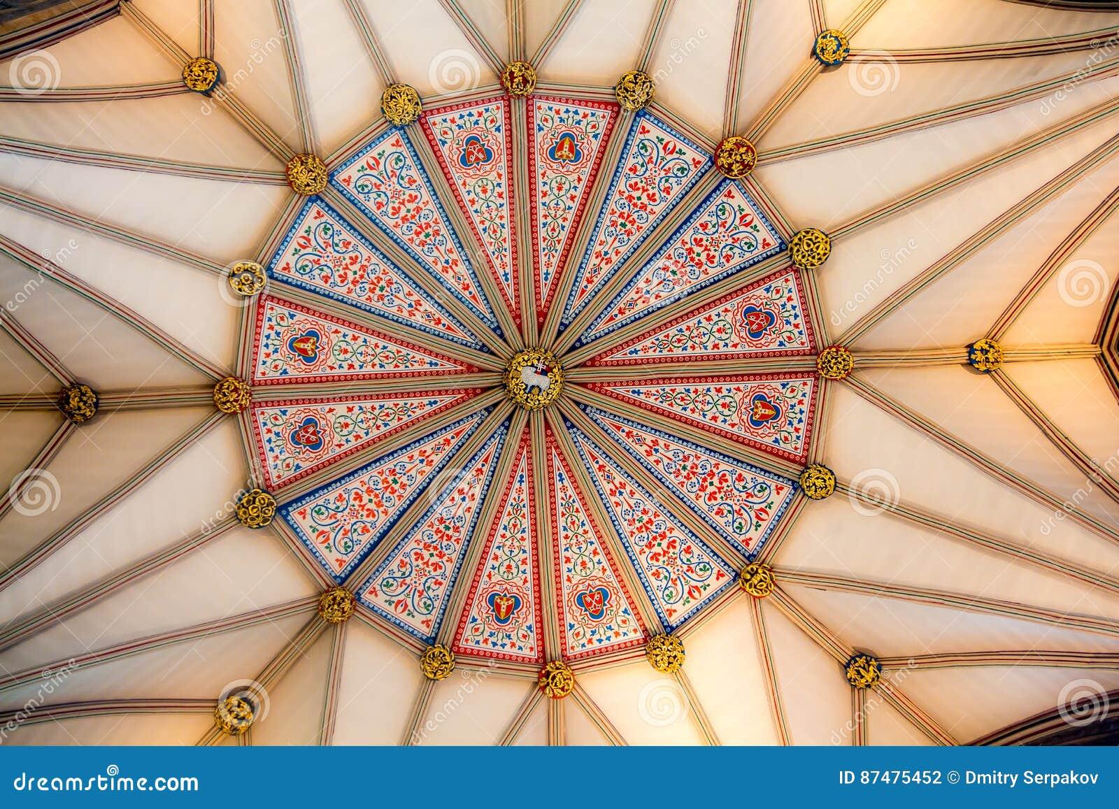 Абстрактная картина celling музея