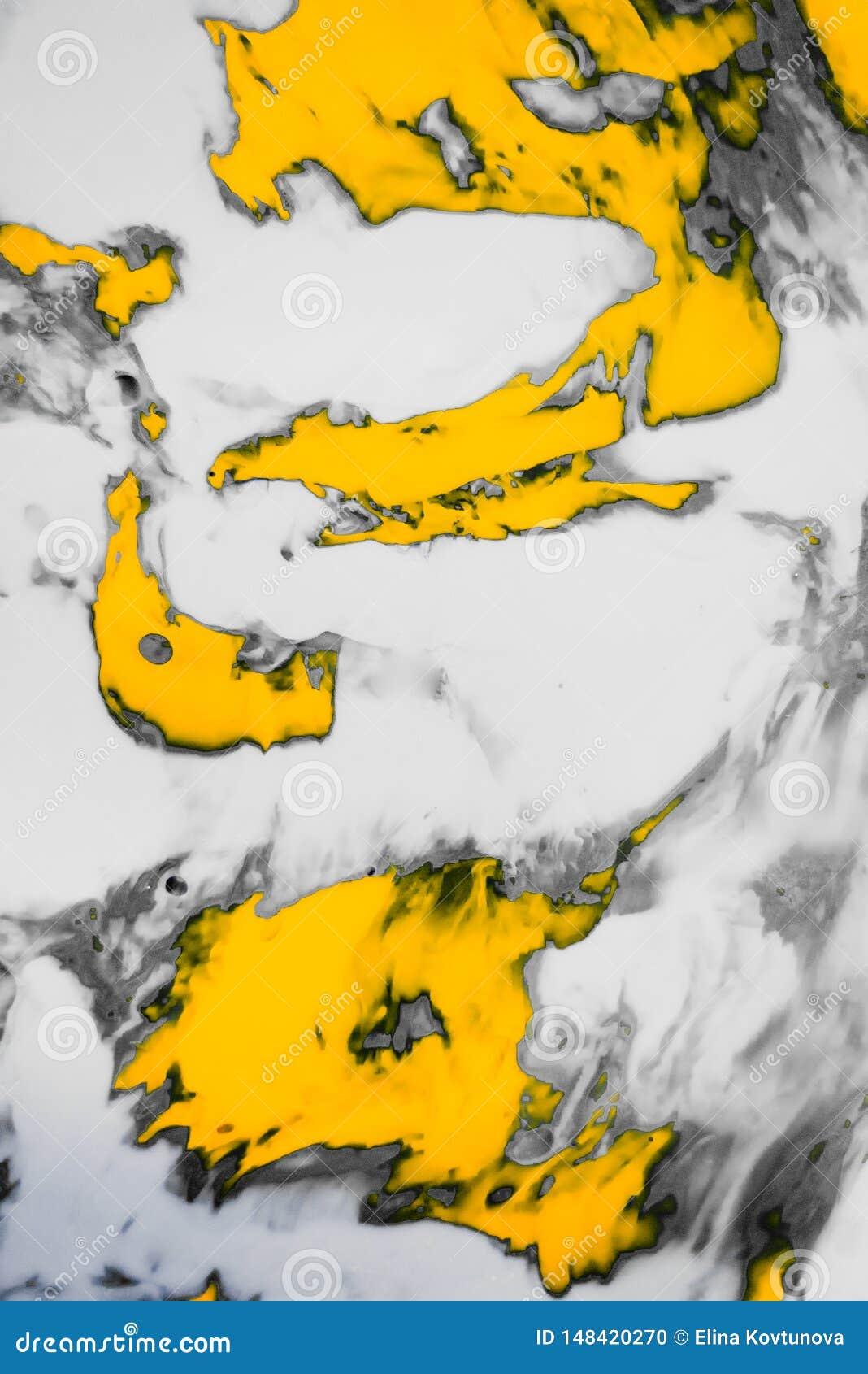 Абстрактная краска брызгает предпосылку Белый серый и оранжевый жидкостный смешивая психоделический фон