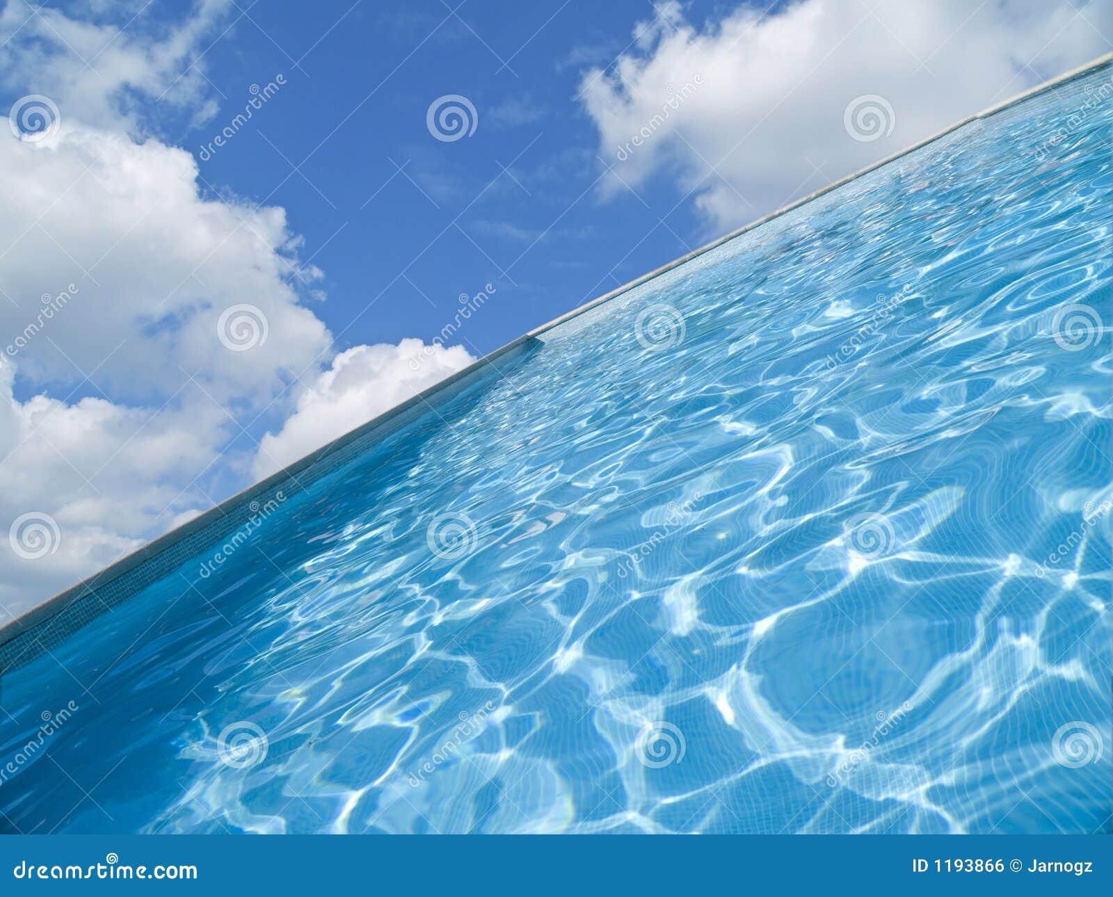 абстрактное заплывание бассеина