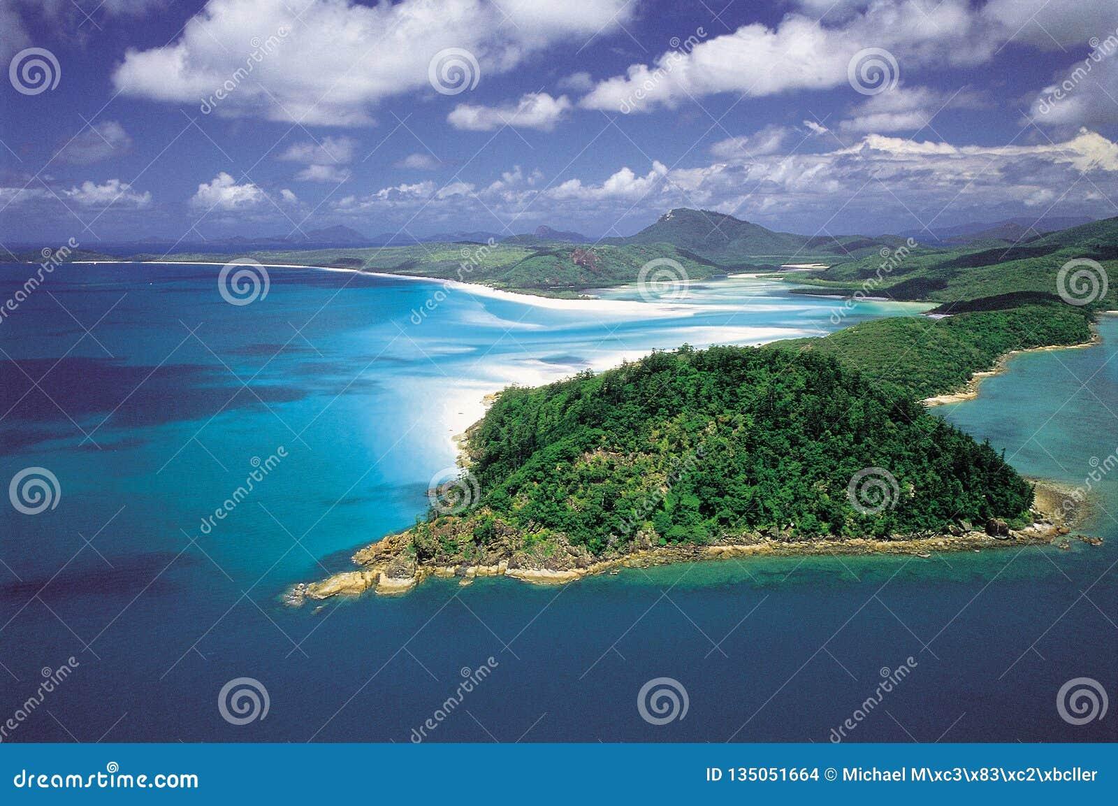 Австралия: Антенна входа холма & пляжа Whitehaven, острова Whitsunday
