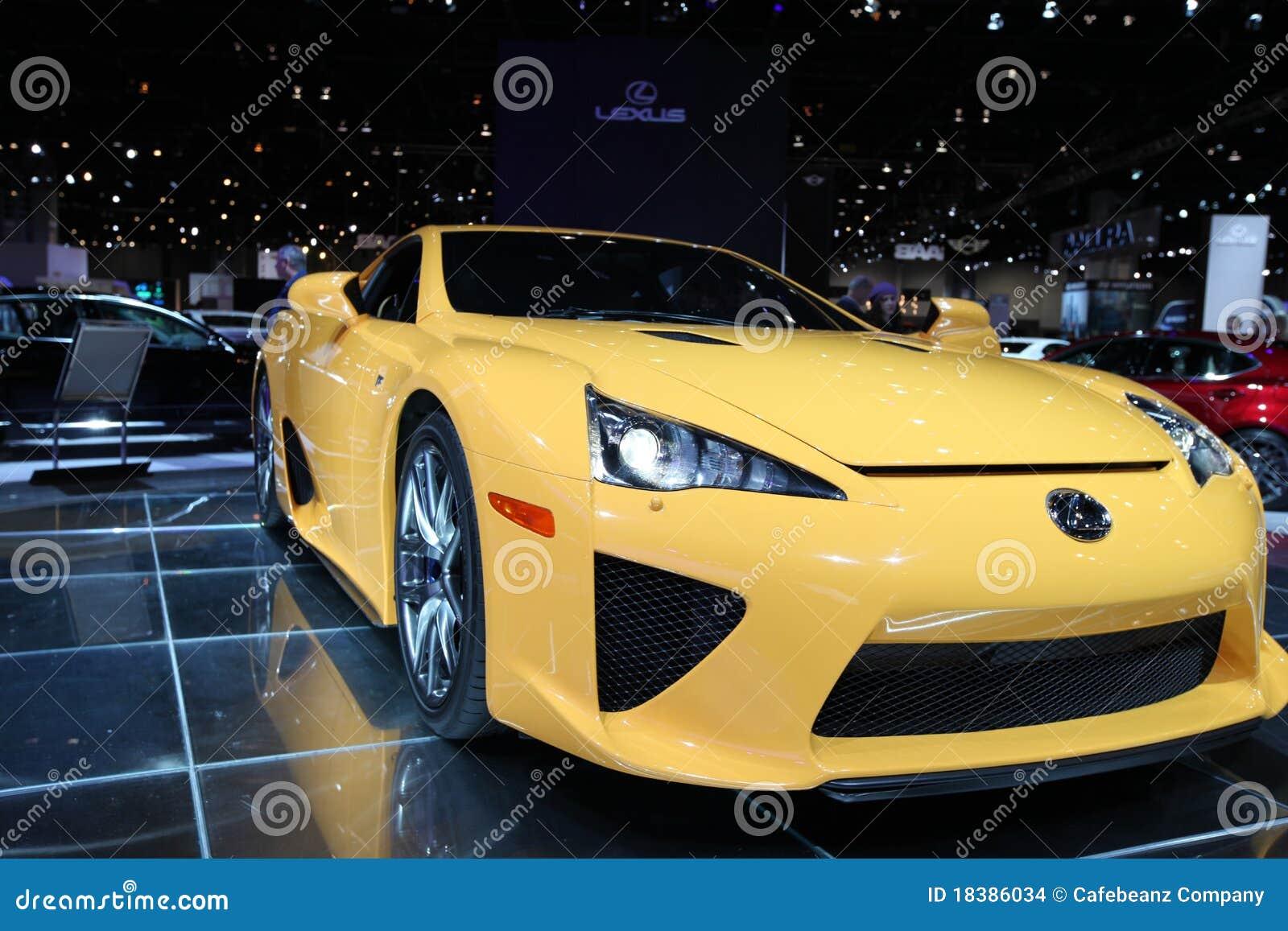 автоматический желтый цвет выставки chicago автомобиля
