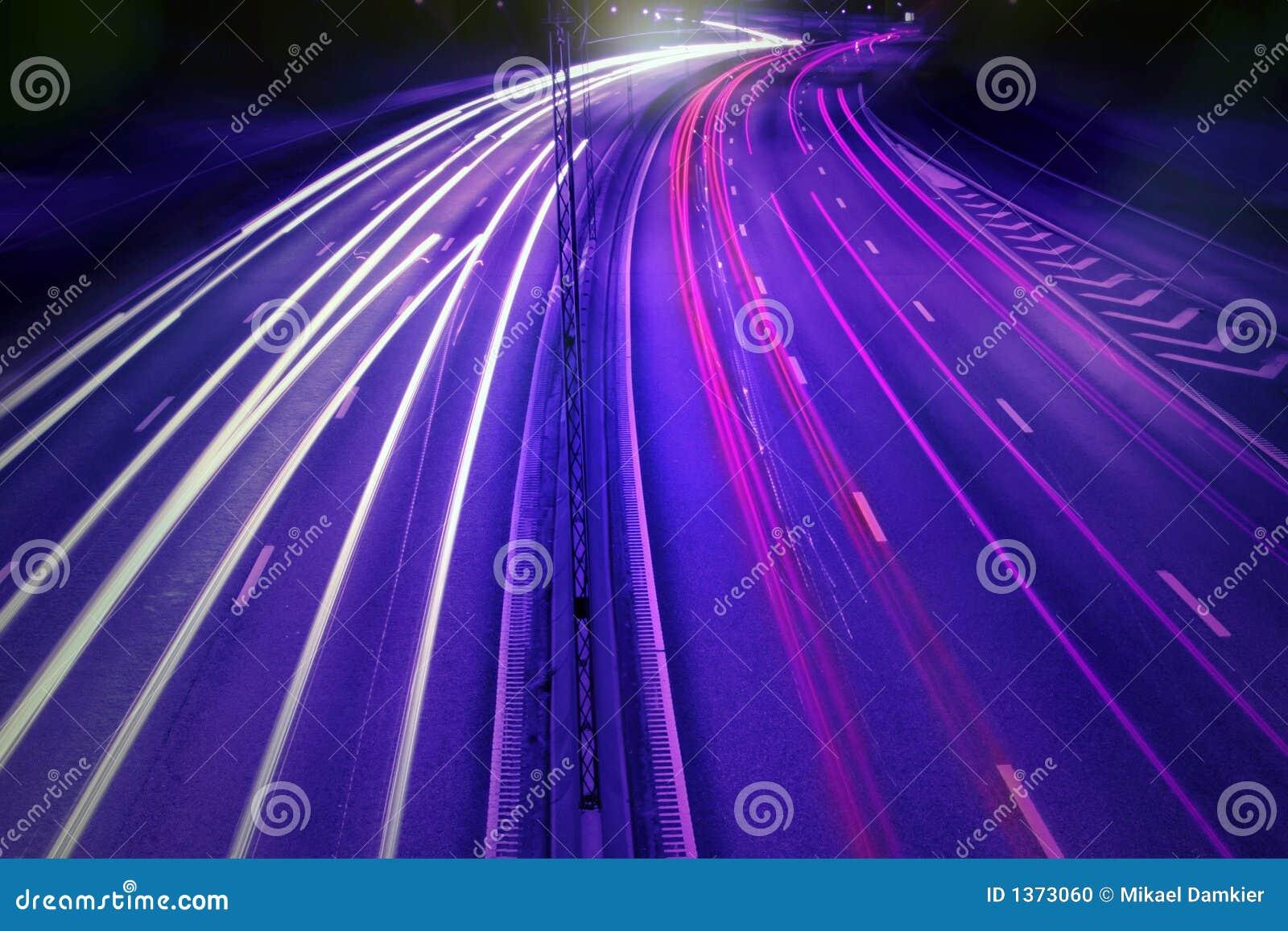 автомобили нерезкости жестикулируют ночу