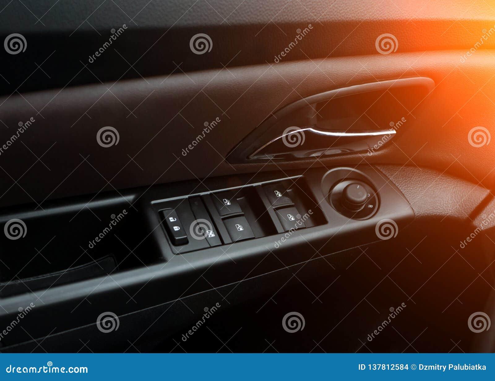 Автомобильные двери Обслуживание автомобиля внутреннее роскошное Детали интерьера автомобиля