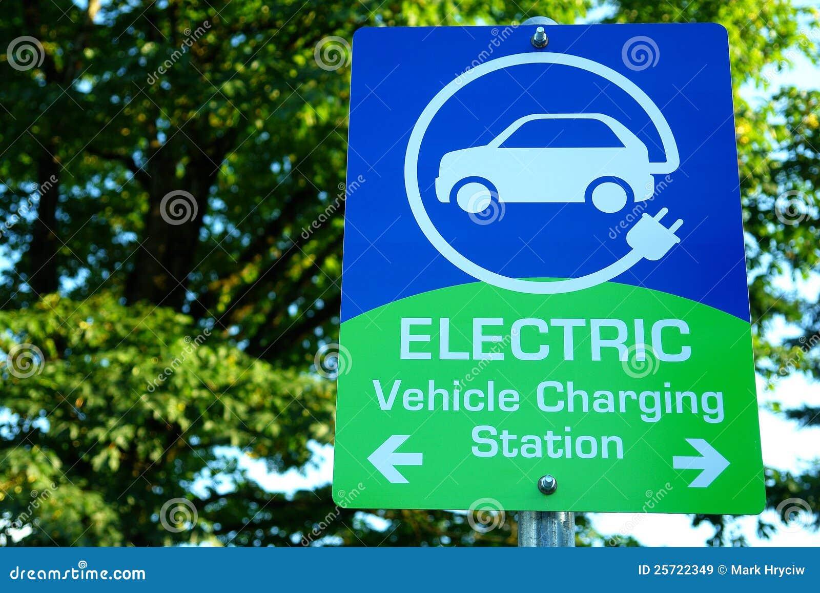 автомобиль поручая электрическую показывая станцию знака