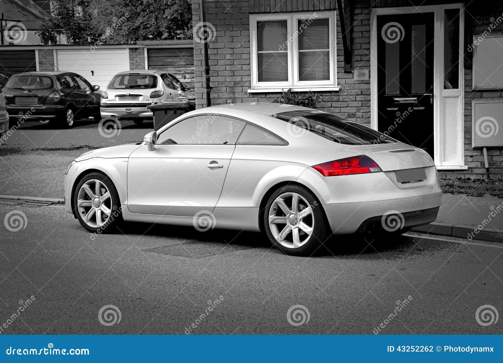 Автомобиль спорт amg Audi tt