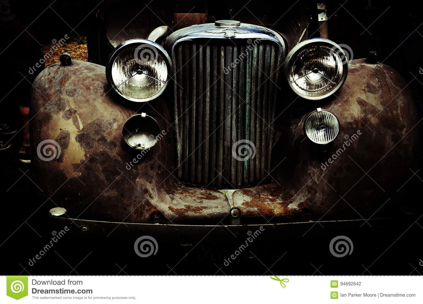 Автомобиль ягуара