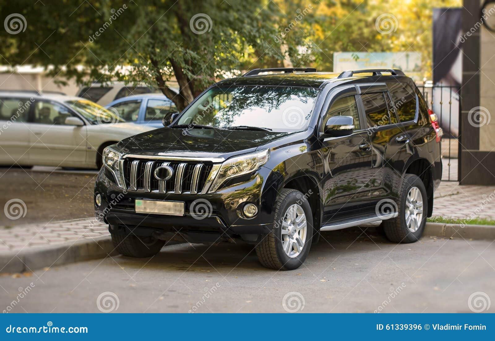 Автомобиль SUV