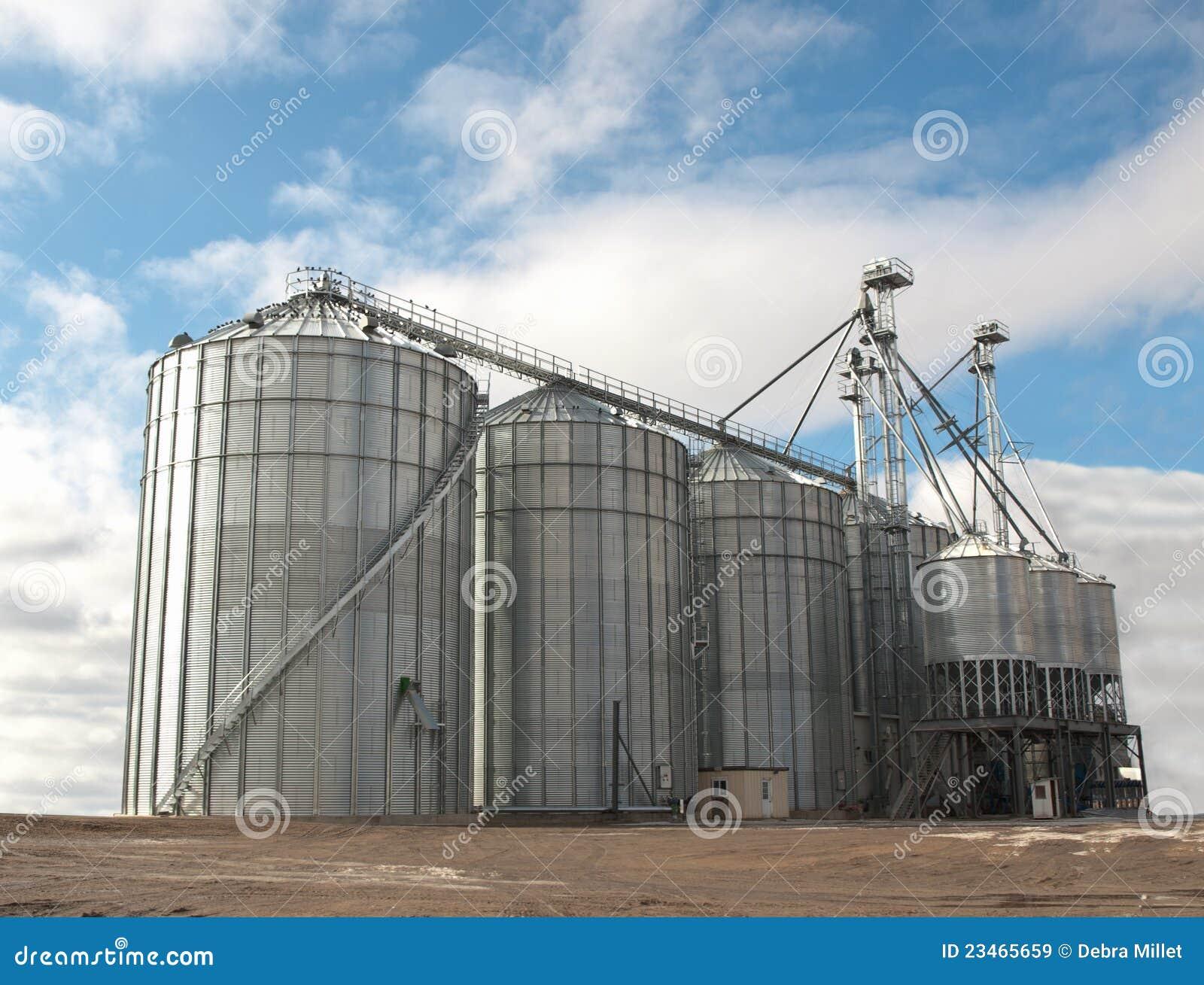 аграрные силосохранилища